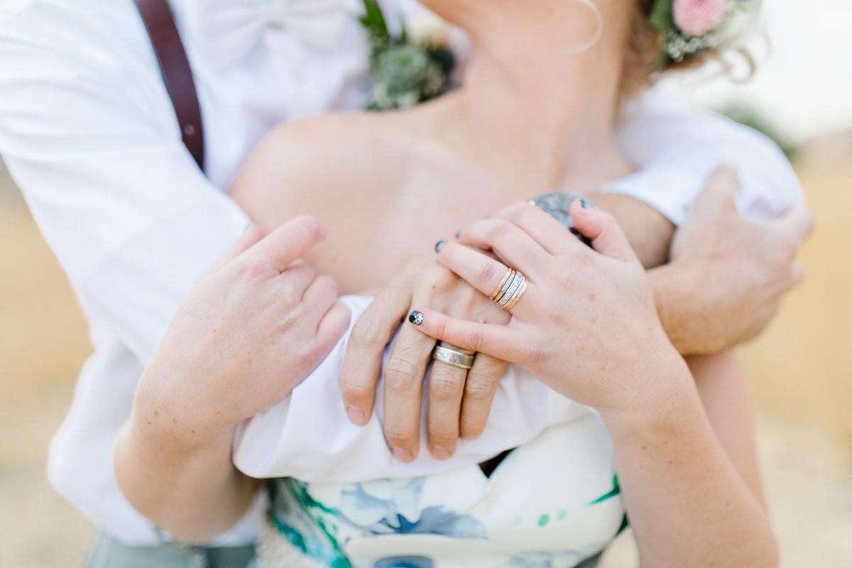 Stunning Fall Washington Wedding | PNW Wedding | Seattle Wedding Photographer Light and Airy | VSCO | Emma Rose Company Photography | Hydrangea Wedding Dress | Wedding Details | Non Traditional Wedding Gown-73.jpg