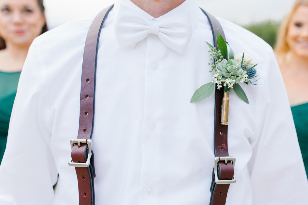 Stunning Fall Washington Wedding | PNW Wedding | Seattle Wedding Photographer Light and Airy | VSCO | Emma Rose Company Photography | Hydrangea Wedding Dress | Wedding Details | Non Traditional Wedding Gown-77.jpg