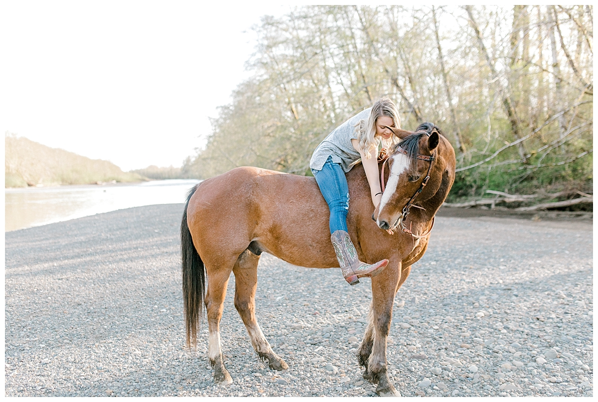 Sunset Senior Session with Horse | Senior Session Inspiration Session | Horse Photo Session | Pacific Northwest Light and Airy Wedding and Portrait Photographer | Emma Rose Company | Kindred Presets Happiness.jpg