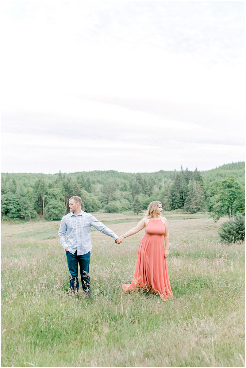 The most dreamy engagement session on Rose Ranch | Emma Rose Company Seattle and Portland Wedding Photographer | What to Wear to Your Engagement Session | Outfit Inspiration for Engagement Session | Pacific Northwest Photographer | PNW Style-26.jpg