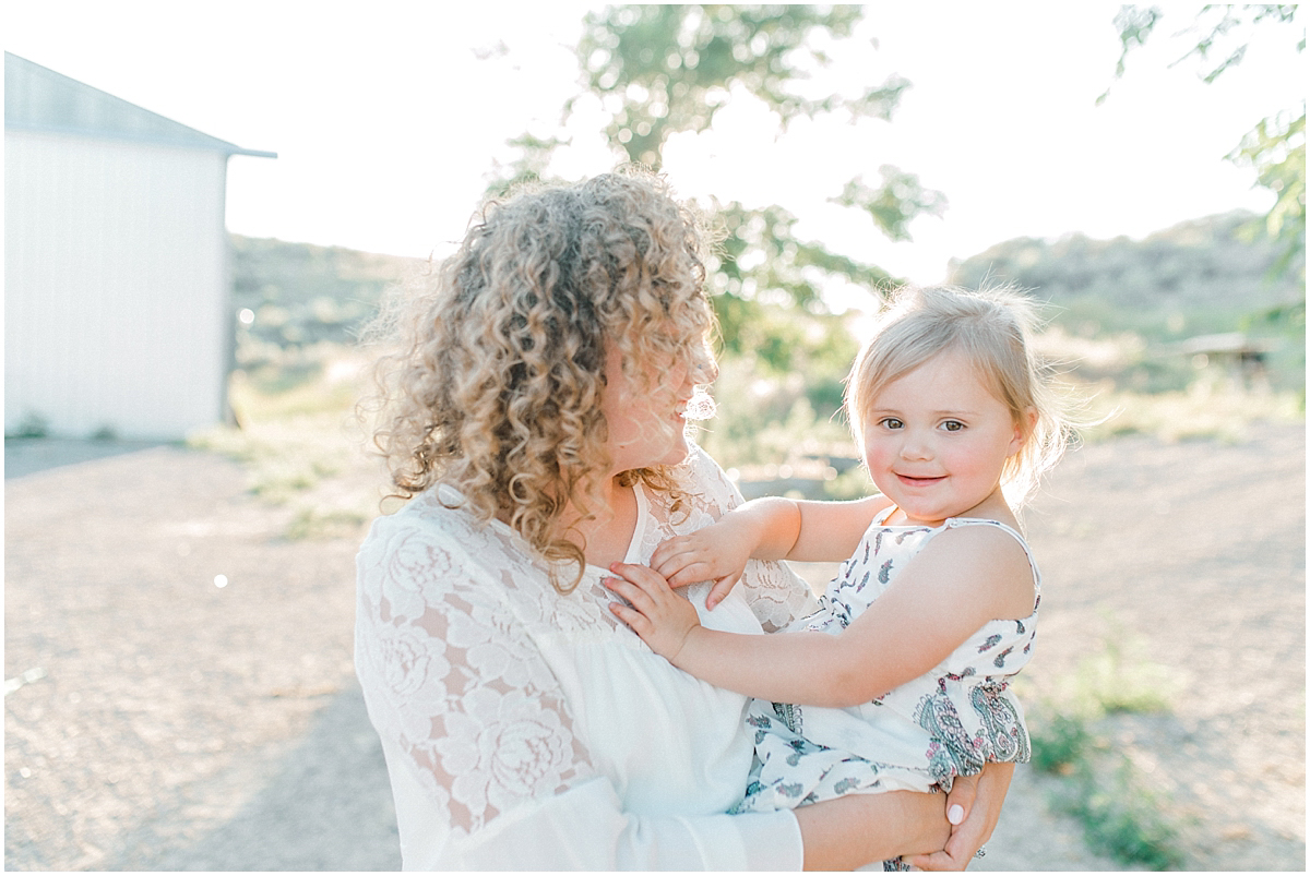 The most perfect family session in the wheat fields of Waterville Washington | Emma Rose Company Family and Portrait Photographer | Wenatchee and Seattle Photographer Light and Airy | What to Wear to Family Pictures | Kindred Presets-18.jpg