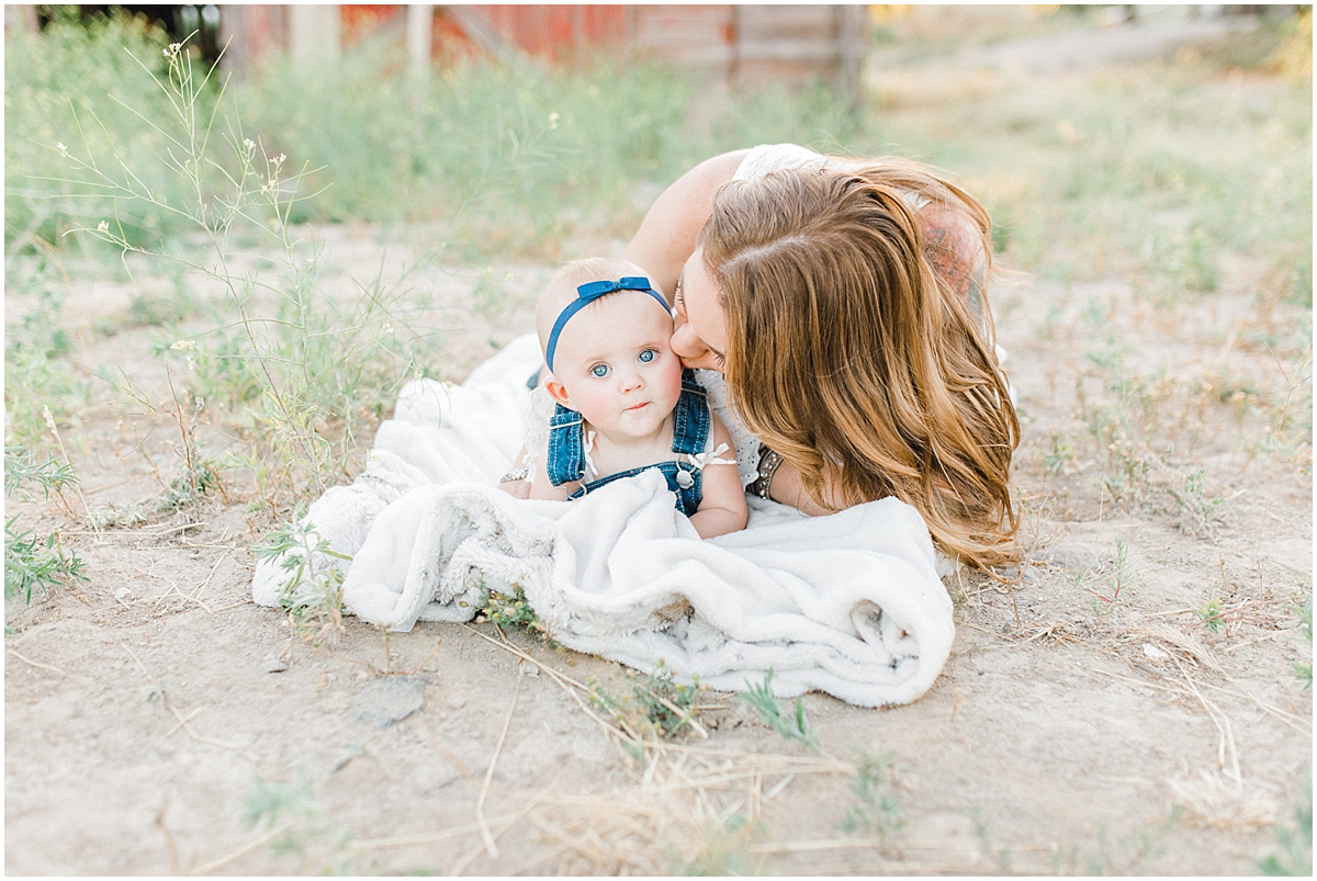 The most perfect family session in the wheat fields of Waterville Washington | Emma Rose Company Family and Portrait Photographer | Wenatchee and Seattle Photographer Light and Airy | What to Wear to Family Pictures | Kindred Presets-85.jpg