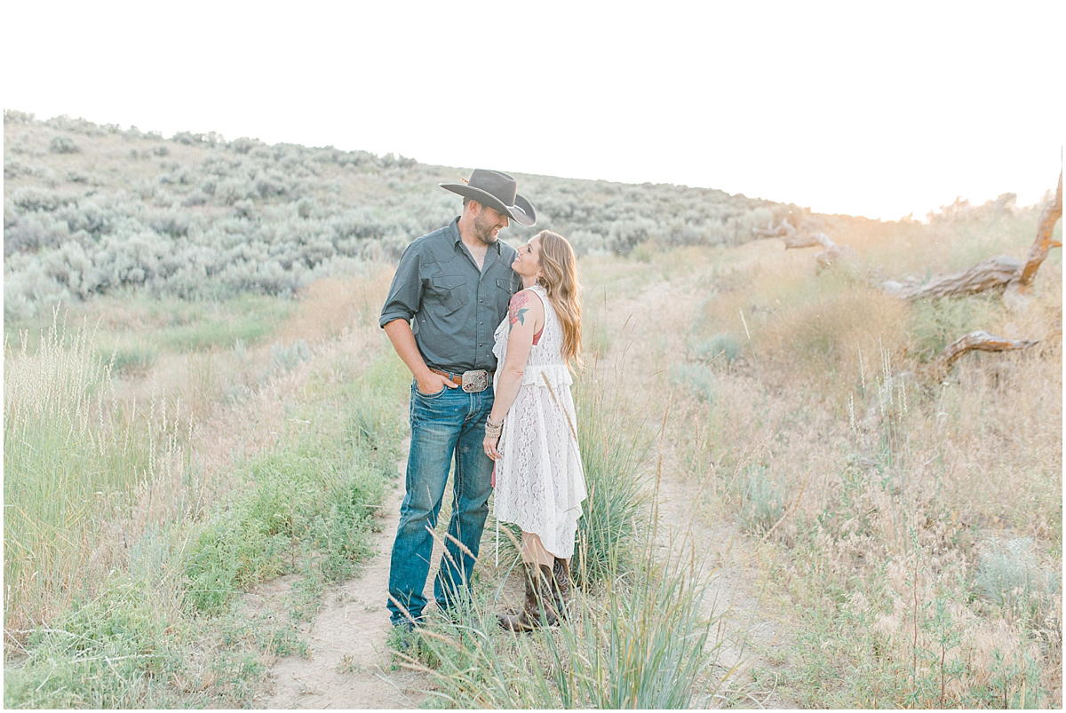 The most perfect family session in the wheat fields of Waterville Washington | Emma Rose Company Family and Portrait Photographer | Wenatchee and Seattle Photographer Light and Airy | What to Wear to Family Pictures | Kindred Presets-88.jpg