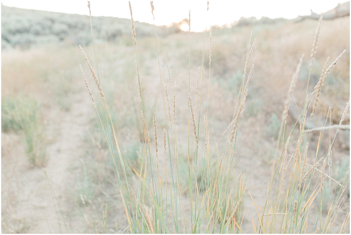 The most perfect family session in the wheat fields of Waterville Washington | Emma Rose Company Family and Portrait Photographer | Wenatchee and Seattle Photographer Light and Airy | What to Wear to Family Pictures | Kindred Presets-107.jpg