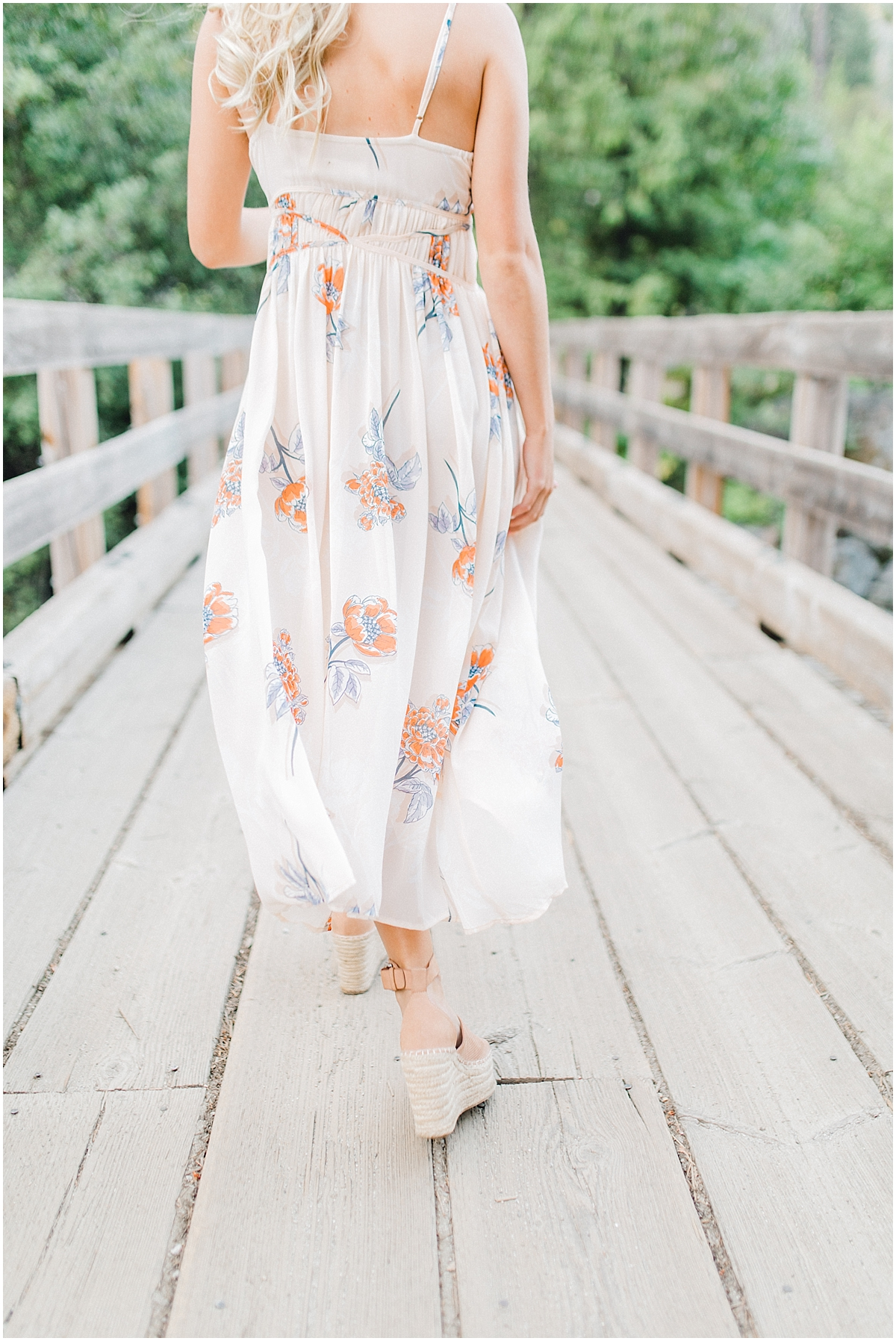 Emma Rose Company | Pacific Northwest Senior Portrait Photographer | Light and Airy Styled Senior Portraits | What to Wear to Senior Pictures | Kindred Presets | Seattle, Wenatchee and Portland Wedding and Portrait Photographer | Emma Rose4.jpg