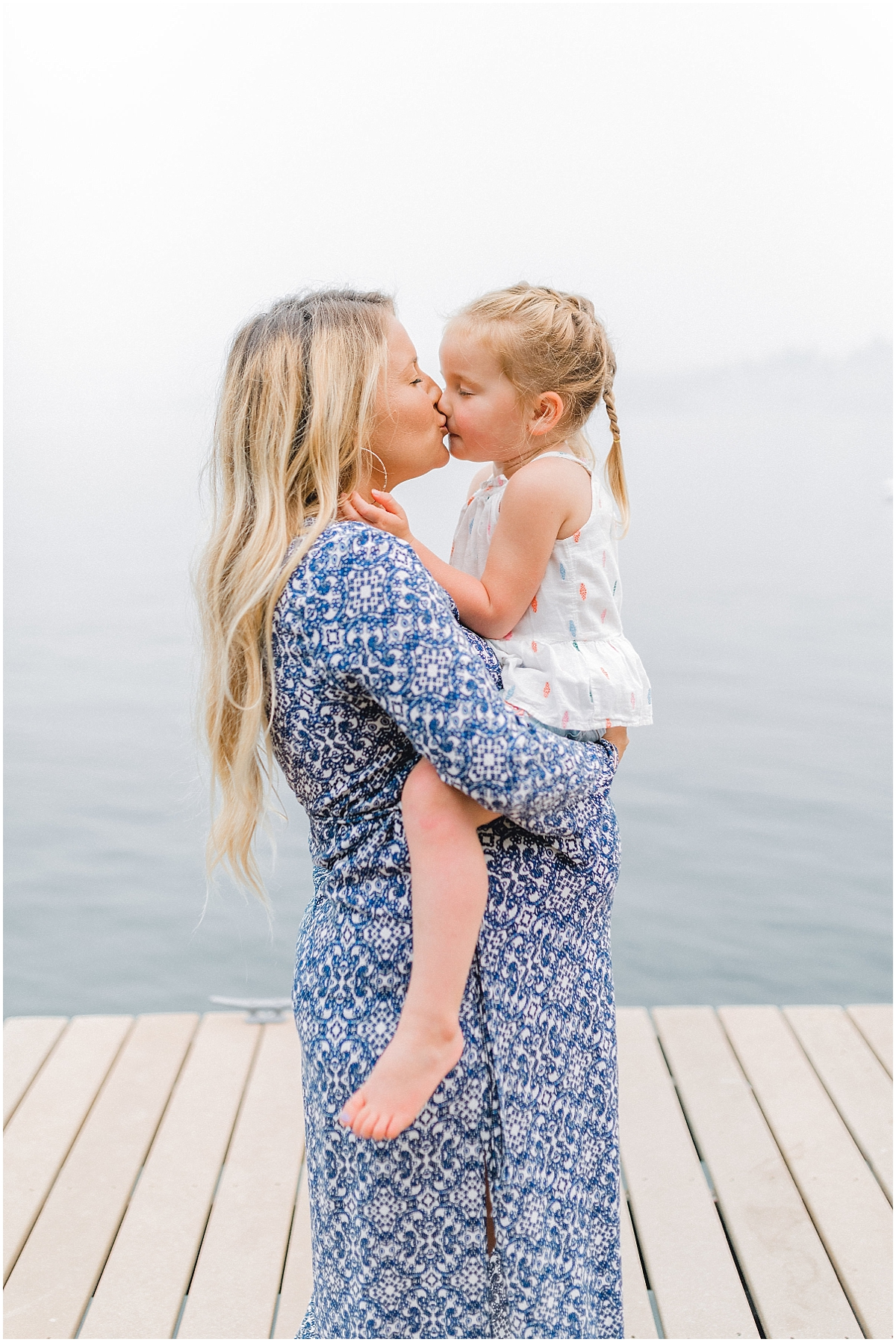 Emma Rose Company | PNW Family Portrait Photographer | Light and Airy Photography Style | What to Wear to Family Pictures | Kindred Presets | Lake Chelan Wedding Portrait Photographer_0110.jpg