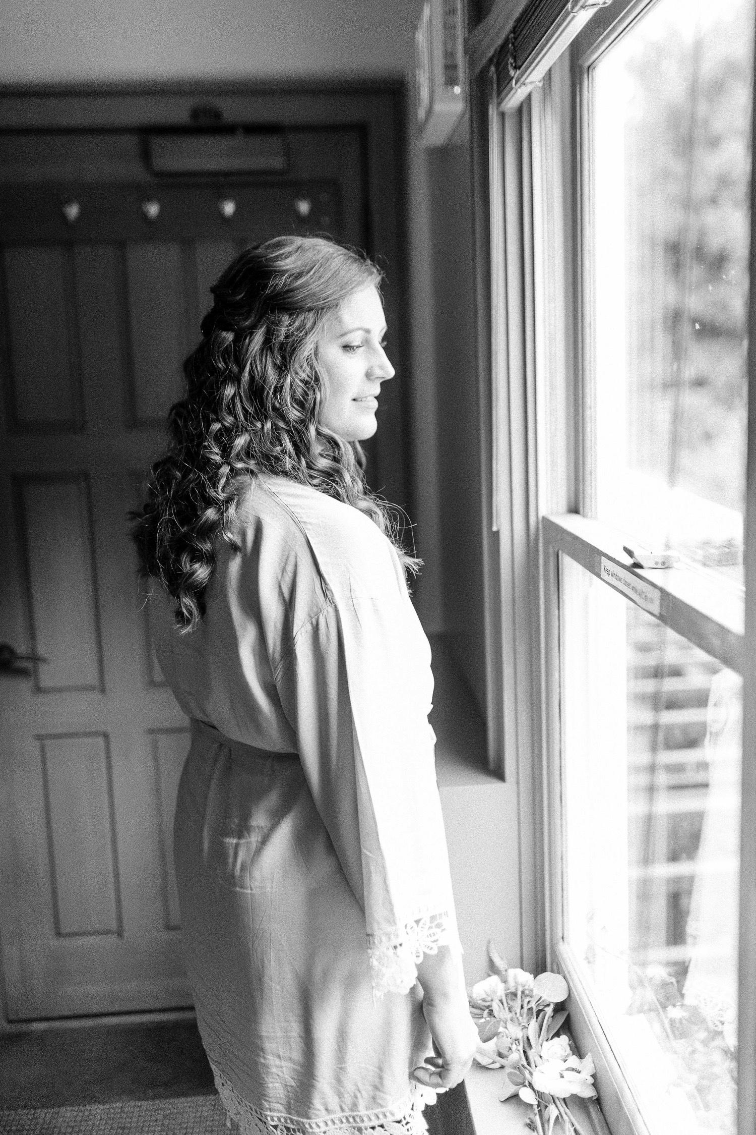 0000000000006_emmarosecompany_katiematt-2784_Photographer_PNW_House_Robinswood_Emma_Light_Company_Airy_Rose_and_Wedding_Seattle.jpg