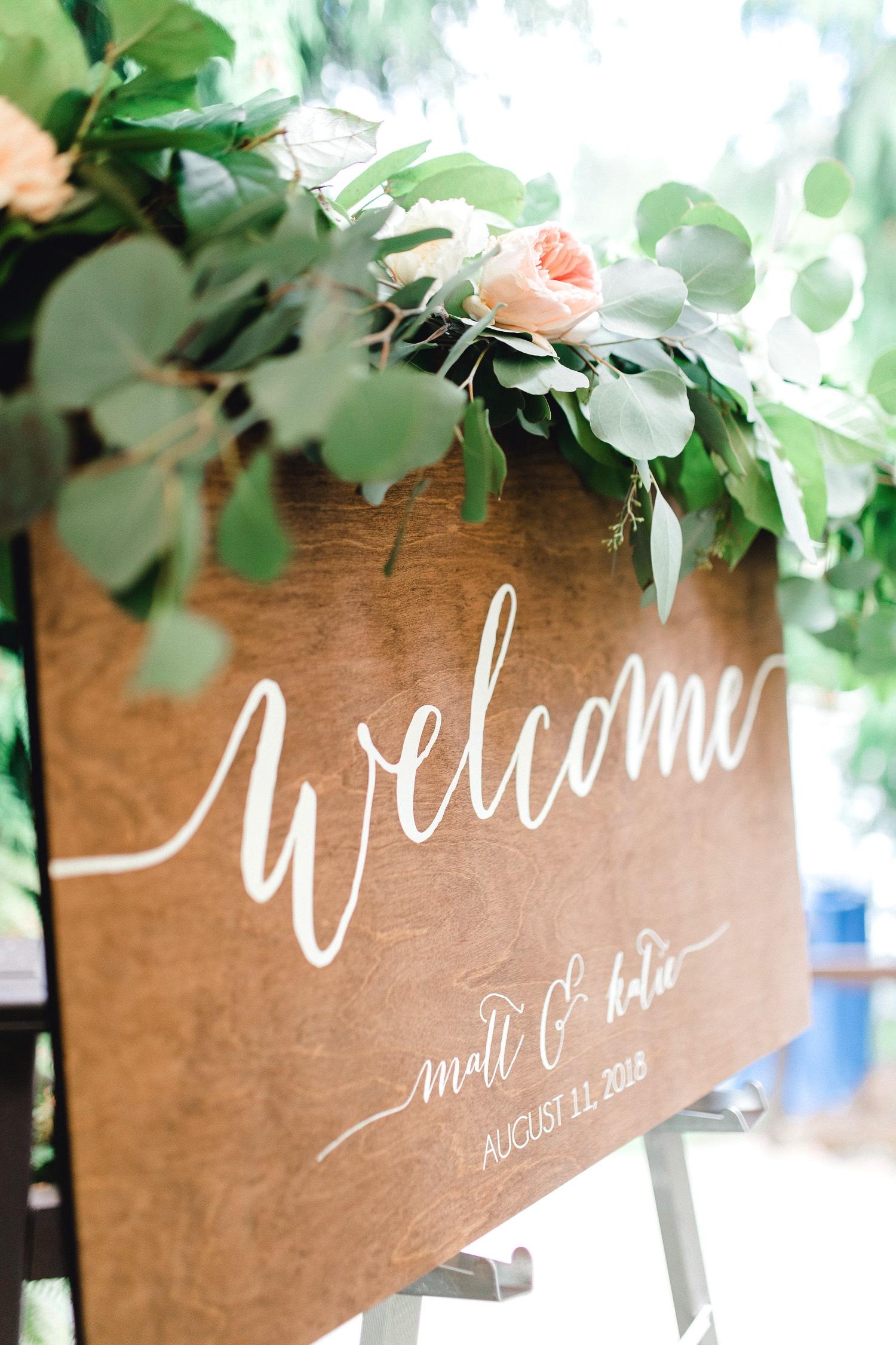 0000000000038_emmarosecompany_katiematt-3168_Photographer_PNW_House_Robinswood_Emma_Light_Company_Airy_Rose_and_Wedding_Seattle.jpg
