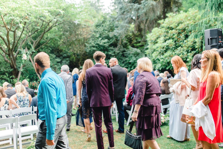 0000000000041_emmarosecompany_katiematt-3291_Photographer_PNW_House_Robinswood_Emma_Light_Company_Airy_Rose_and_Wedding_Seattle.jpg