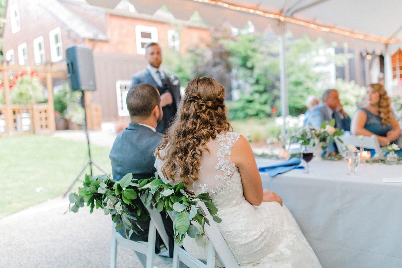 0000000000063_emmarosecompany_katiematt-4389_Photographer_PNW_House_Robinswood_Emma_Light_Company_Airy_Rose_and_Wedding_Seattle.jpg