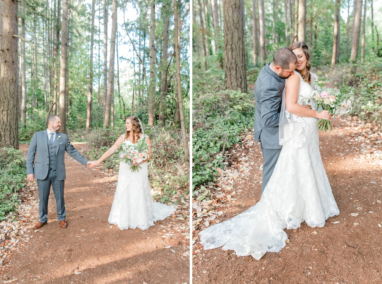 0000000000073_emmarosecompany_katiematt-3750_emmarosecompany_katiematt-3776_Photographer_PNW_House_Robinswood_Emma_Light_Airy_Company_Rose_and_Seattle_Wedding.jpg