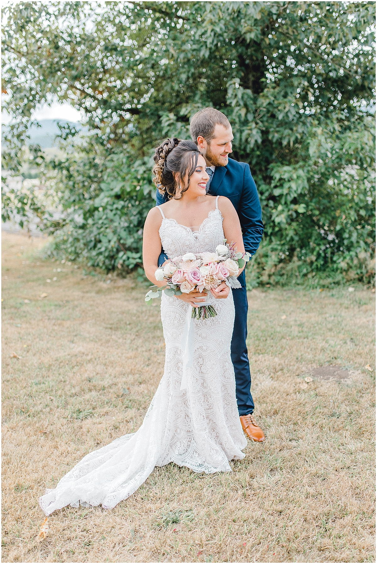 Beautiful mauve wedding in the Pacific Northwest, Emma Rose Company Light and Airy Wedding Photographer Seattle, Washington, Kindred Presets, Wedding Design Details Purple and Blush_0040.jpg