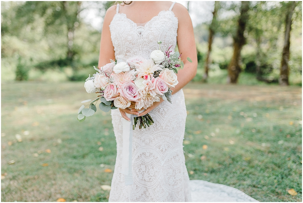 Beautiful mauve wedding in the Pacific Northwest, Emma Rose Company Light and Airy Wedding Photographer Seattle, Washington, Kindred Presets, Wedding Design Details Purple and Blush_0046.jpg