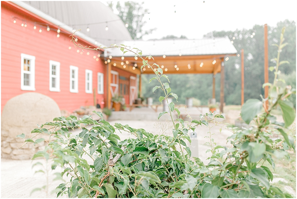 Sunflower themed wedding with purple accents, Emma Rose Company Seattle Wedding Photographer, Light and Airy photographer Kindred Presets Wedding Details PNW_0081.jpg