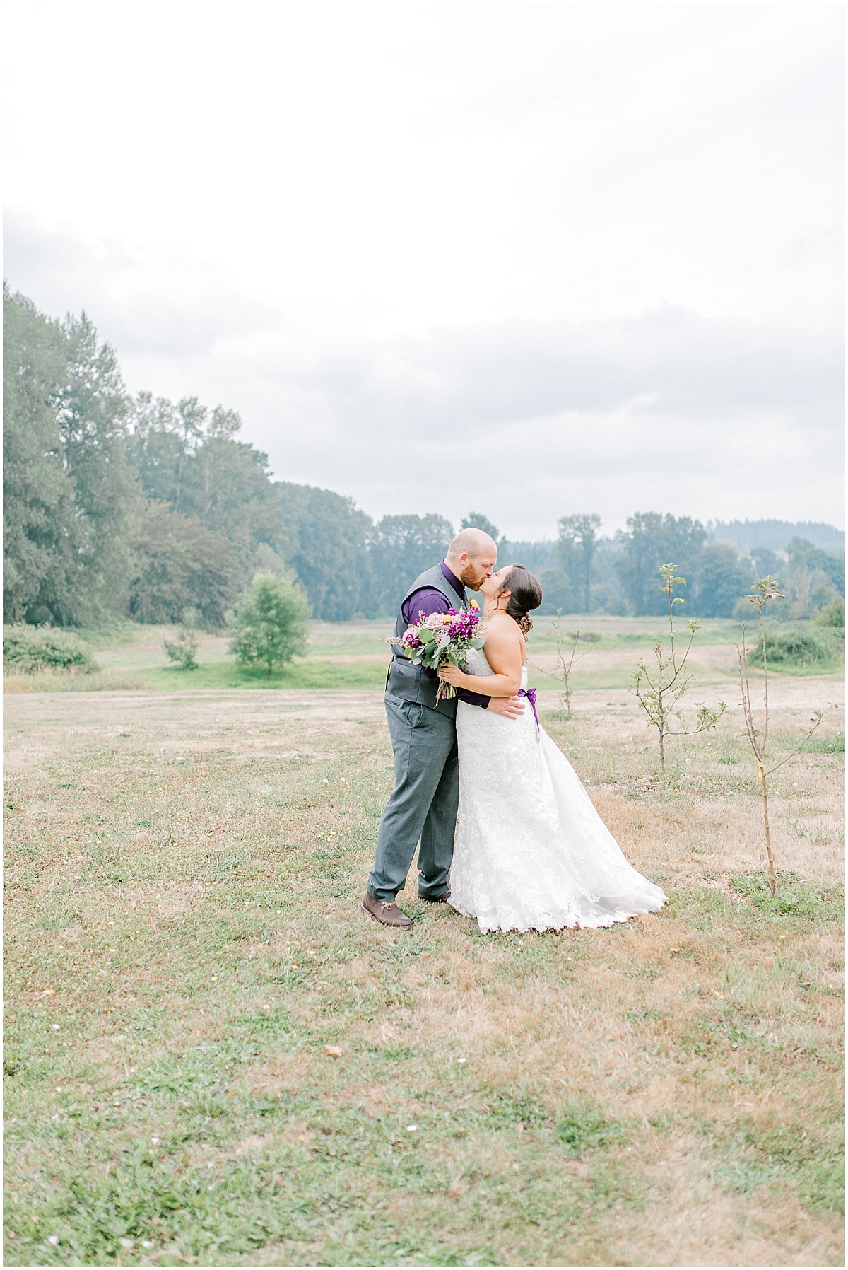Sunflower themed wedding with purple accents, Emma Rose Company Seattle Wedding Photographer, Light and Airy photographer Kindred Presets Wedding Details PNW_0116.jpg
