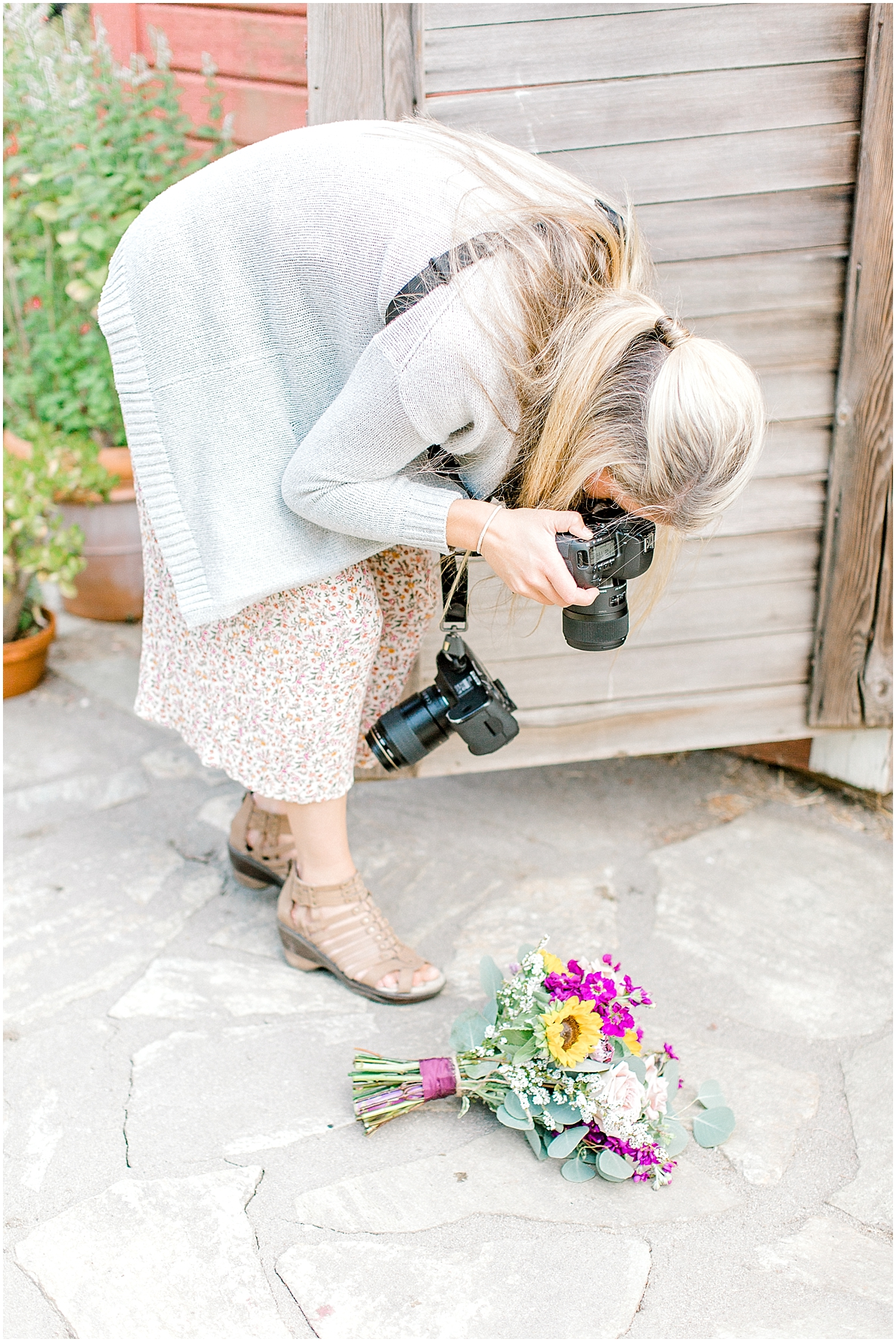 Sunflower themed wedding with purple accents, Emma Rose Company Seattle Wedding Photographer, Light and Airy photographer Kindred Presets Wedding Details PNW_0117.jpg