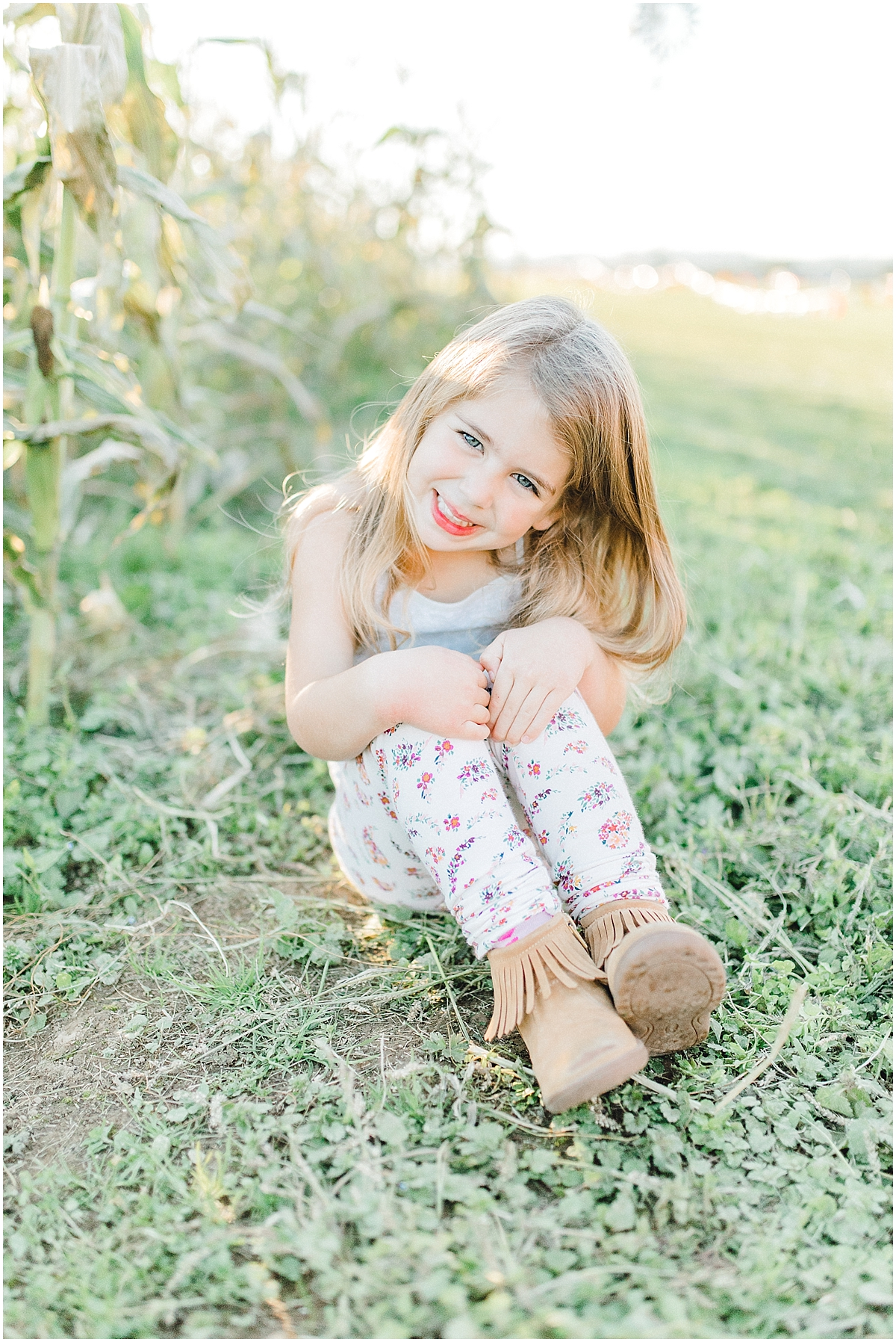 Pumpkin Patch Photo Shoot With Toddler and Mommy | Emma Rose Company Seattle Portland Light and Airy Wedding Photographer | Kindred Presets | Film_0008.jpg
