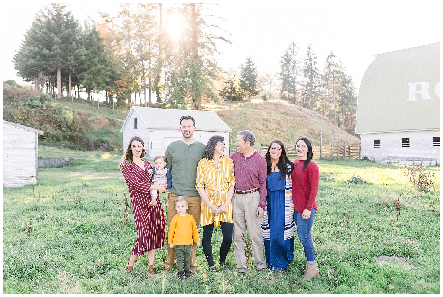 Dreamy Family Session on Rose Ranch | Pacific Northwest Family Session | Light and Airy Photographer | Emma Rose Company Seattle and Portland Wedding Photographer_0007.jpg