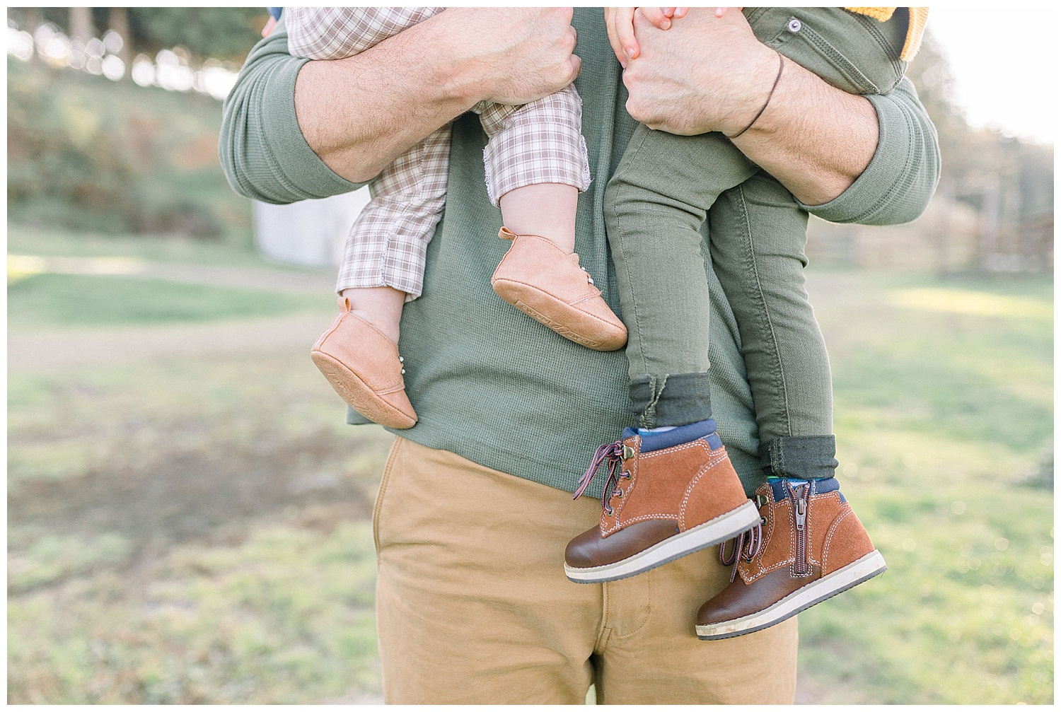 Dreamy Family Session on Rose Ranch | Pacific Northwest Family Session | Light and Airy Photographer | Emma Rose Company Seattle and Portland Wedding Photographer_0023.jpg