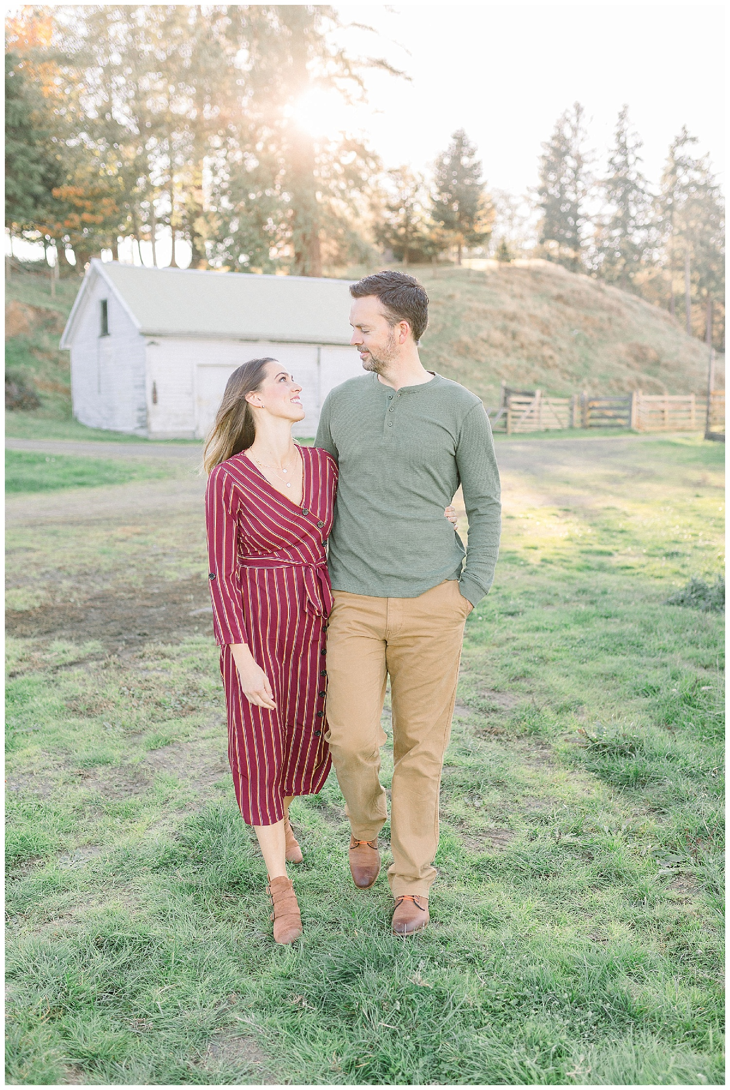 Dreamy Family Session on Rose Ranch | Pacific Northwest Family Session | Light and Airy Photographer | Emma Rose Company Seattle and Portland Wedding Photographer_0027.jpg