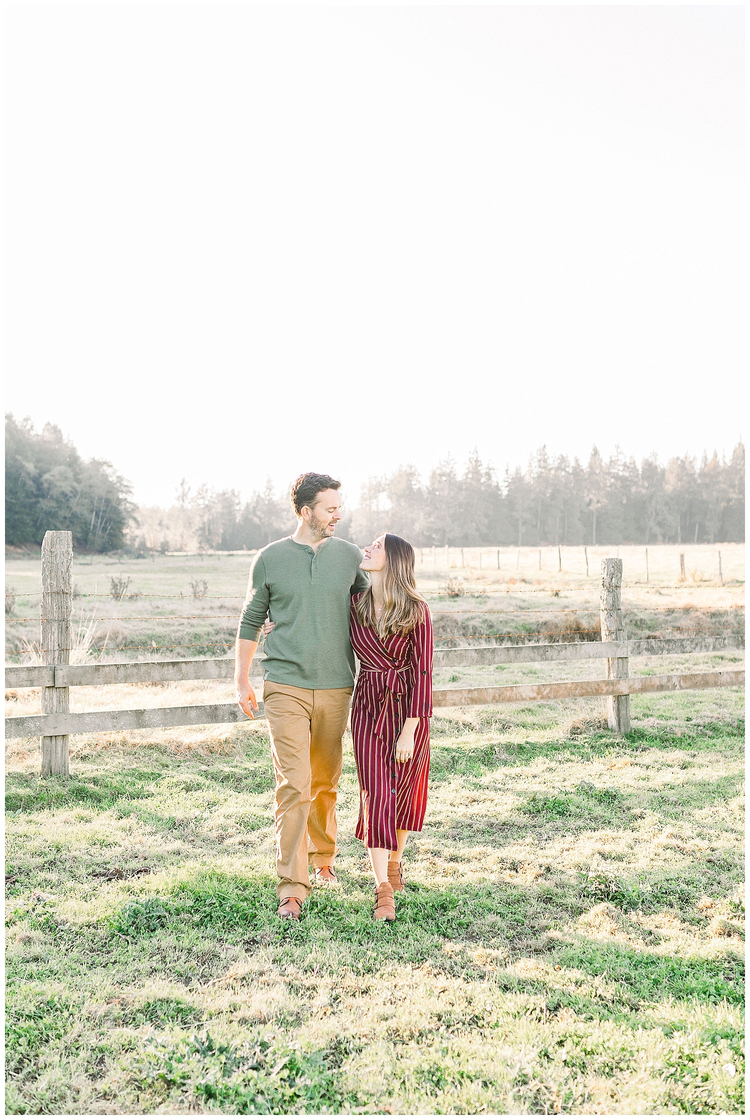 Dreamy Family Session on Rose Ranch | Pacific Northwest Family Session | Light and Airy Photographer | Emma Rose Company Seattle and Portland Wedding Photographer_0040.jpg