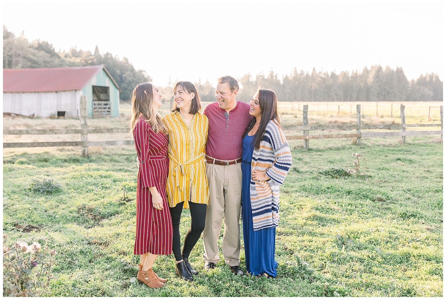 Dreamy Family Session on Rose Ranch | Pacific Northwest Family Session | Light and Airy Photographer | Emma Rose Company Seattle and Portland Wedding Photographer_0043.jpg