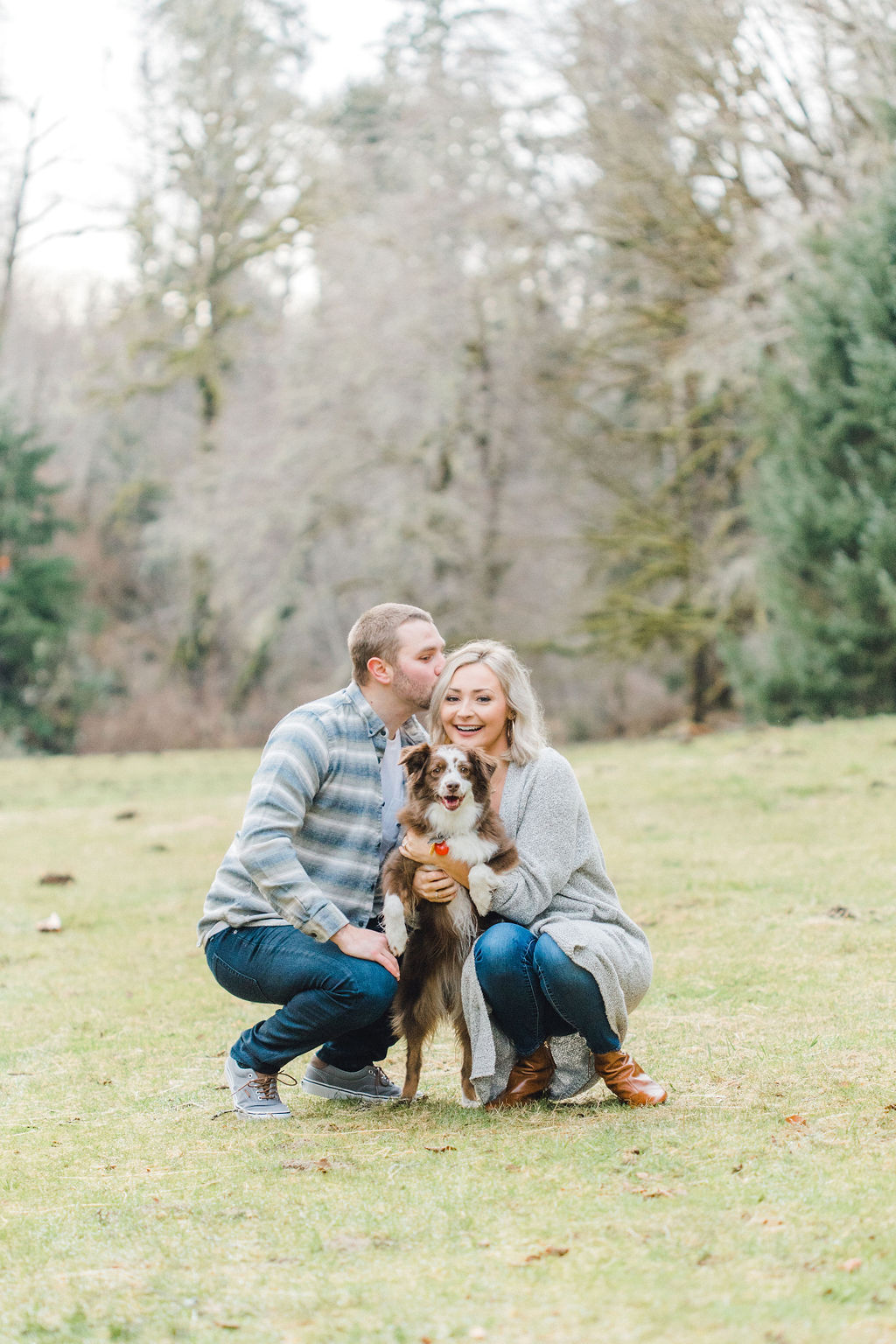Kalle and Sterling's engagement session in the PNW on Rose Ranch with me here at Emma Rose Company was gorgeous and if you're looking for engagement session inspiration, look no further!