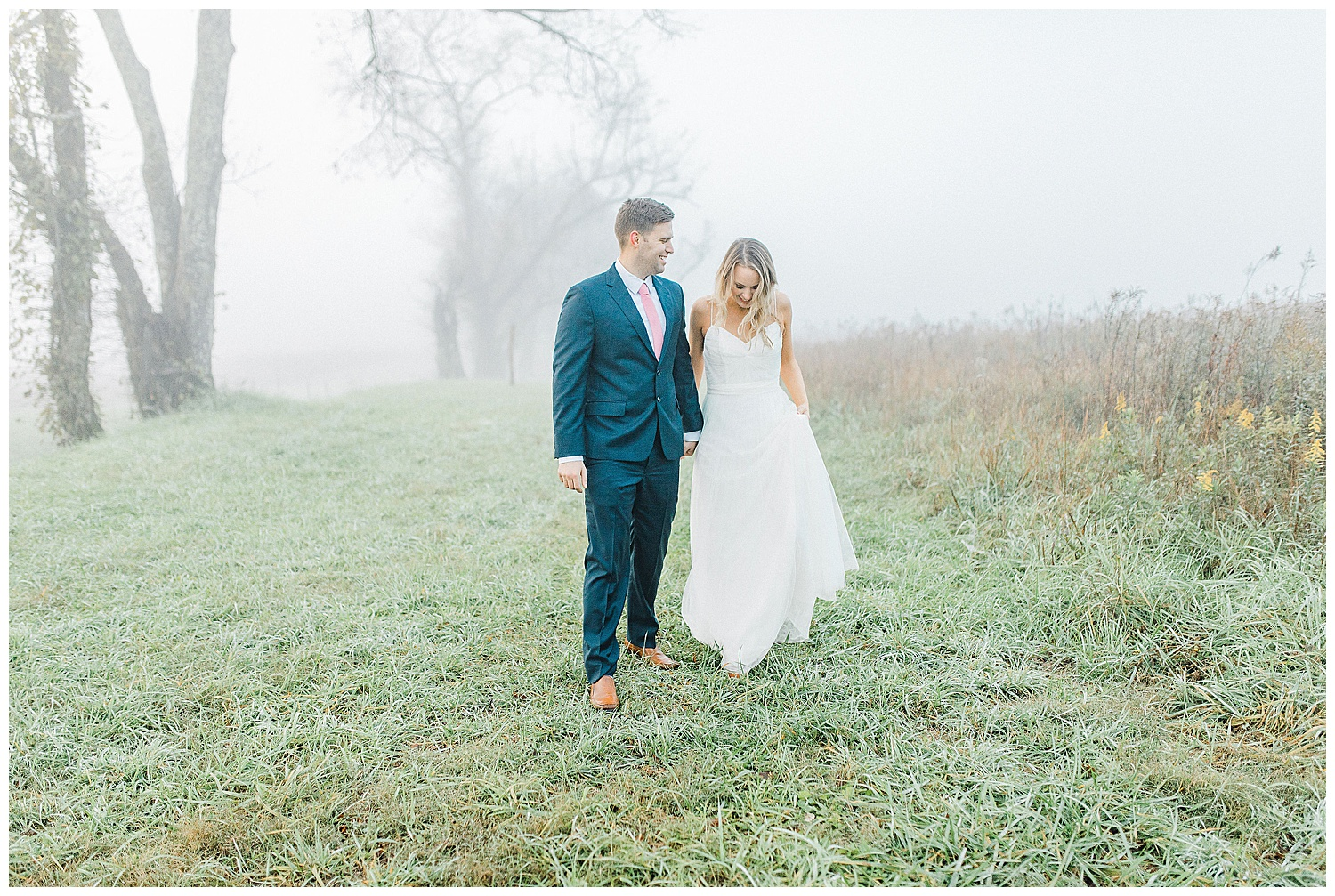 Emma Rose Company recently got to travel all the way to Nashville to photograph the most beautiful post-wedding bride and groom portraits in the Great Smoky Mountains with a gorgeous couple! Nashville wedding inspiration at it's finest._0013.jpg