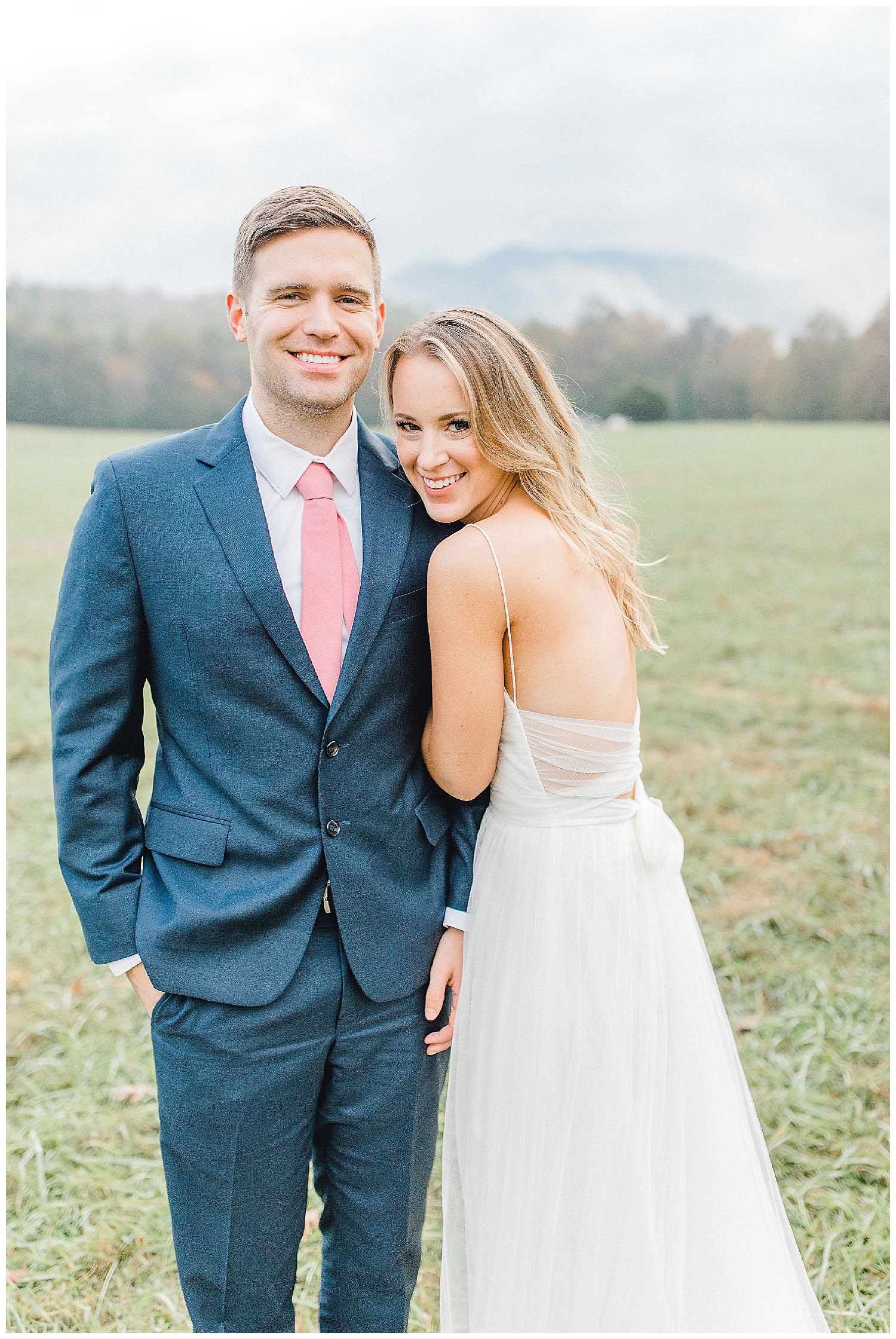 Emma Rose Company recently got to travel all the way to Nashville to photograph the most beautiful post-wedding bride and groom portraits in the Great Smoky Mountains with a gorgeous couple! Nashville wedding inspiration at it's finest._0026.jpg