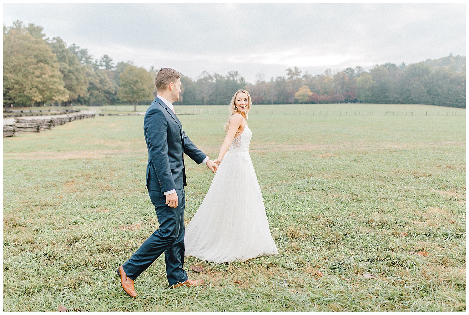 Emma Rose Company recently got to travel all the way to Nashville to photograph the most beautiful post-wedding bride and groom portraits in the Great Smoky Mountains with a gorgeous couple! Nashville wedding inspiration at it's finest._0028.jpg