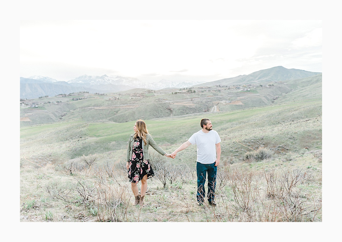 Pacific Northwest Engagement Session in the Sagebrush with Emma Rose Company who is a light and airy wedding photographer based in Seattle, Washington_0020.jpg
