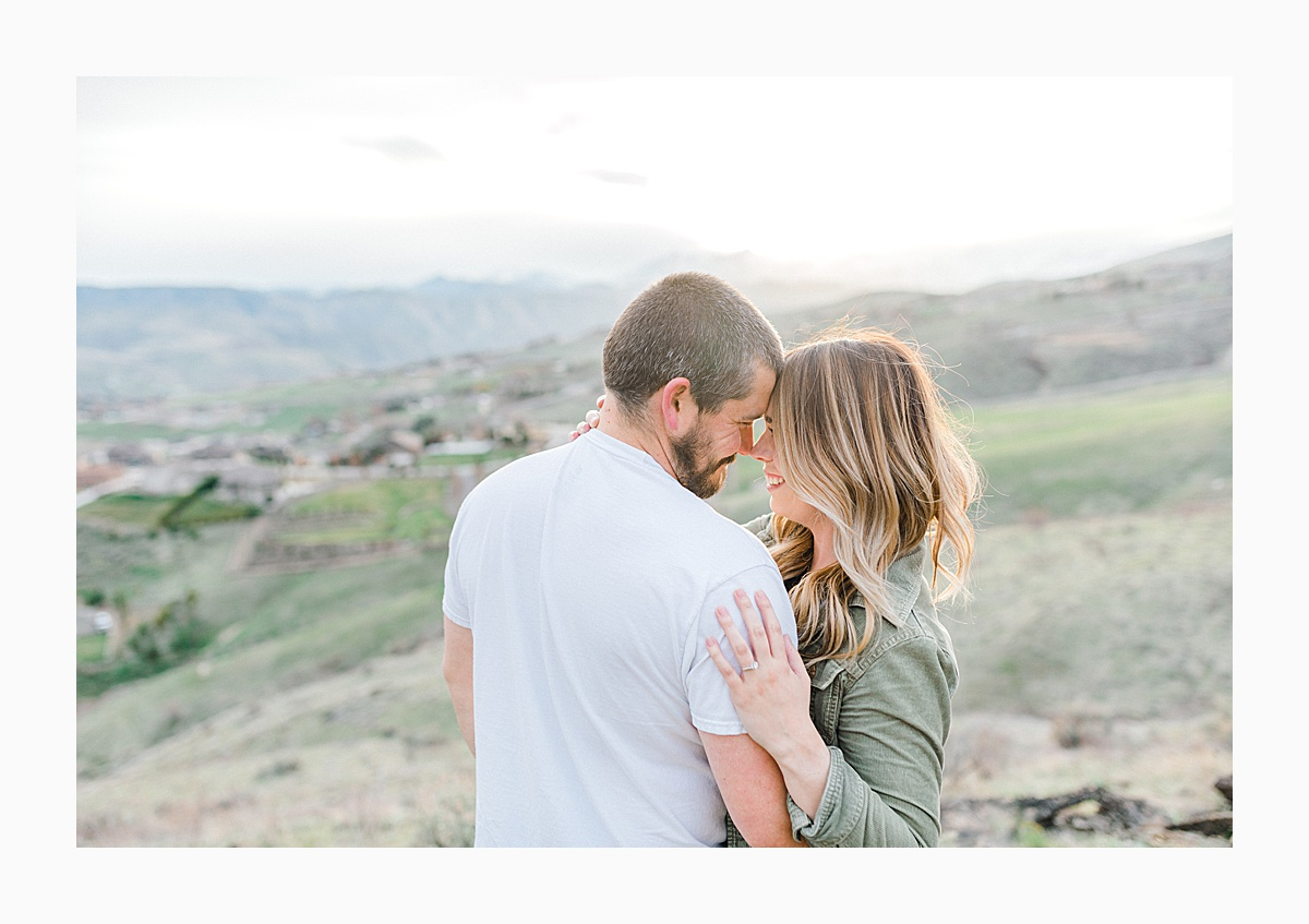 Pacific Northwest Engagement Session in the Sagebrush with Emma Rose Company who is a light and airy wedding photographer based in Seattle, Washington_0029.jpg