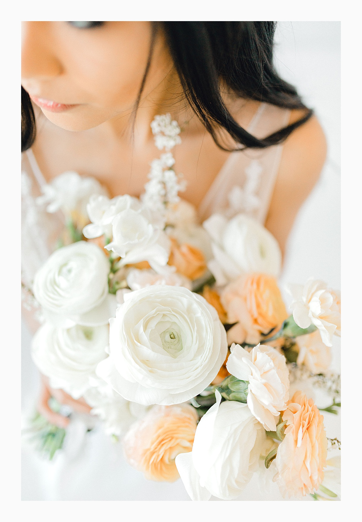 The Bemis Building in downtown Seattle is one of my favorite places to use for photo shoots!  This styled bridal shoot with touches of peach and white was dreamy.  #emmarosecompany #kindredpresets #seattlebride_0021.jpg