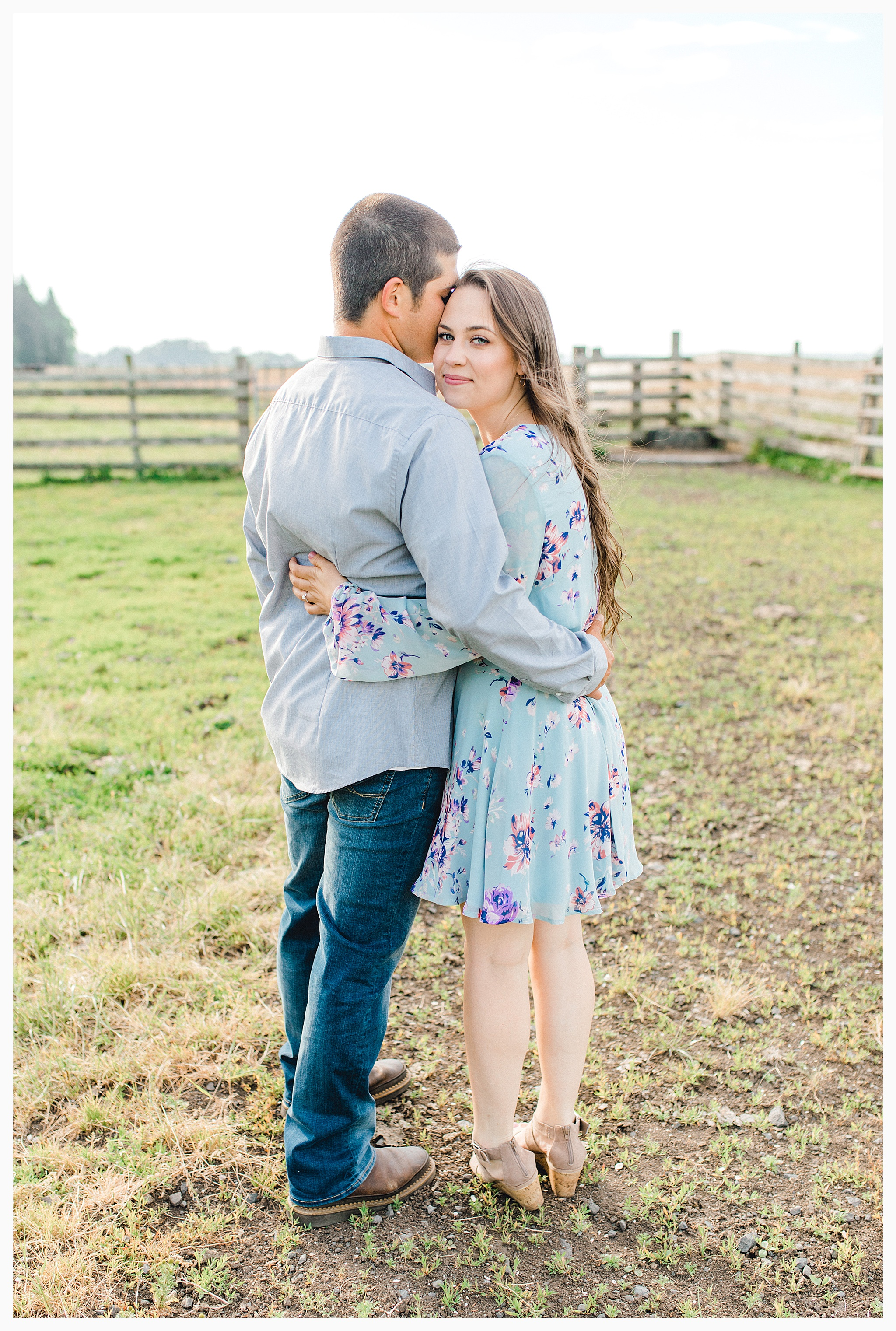 Beautiful evening engagement session on Rose Ranch, Emma Rose Company Seattle and Portland light and airy wedding and portrait photography, what to wear for pictures_0028.jpg