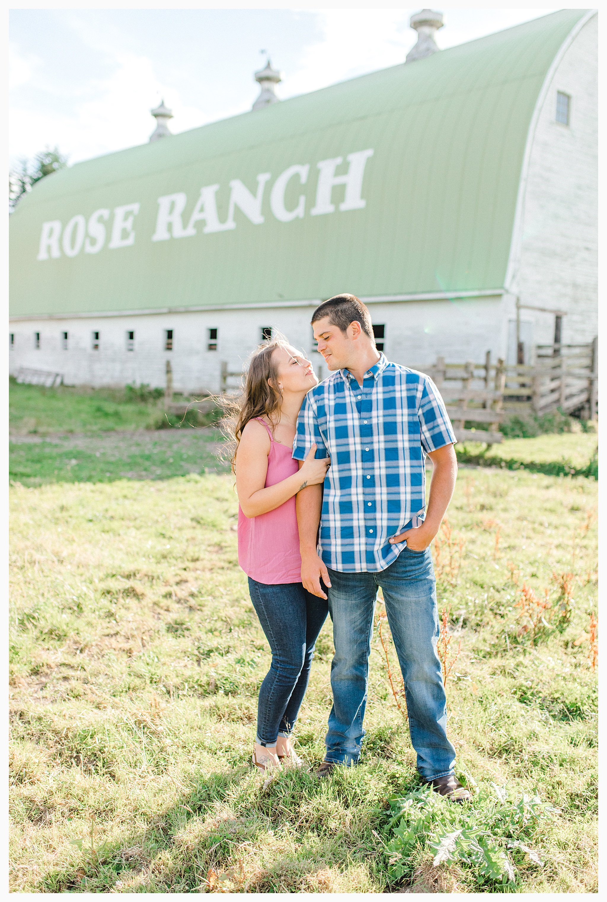 Beautiful evening engagement session on Rose Ranch, Emma Rose Company Seattle and Portland light and airy wedding and portrait photography, what to wear for pictures_0013.jpg