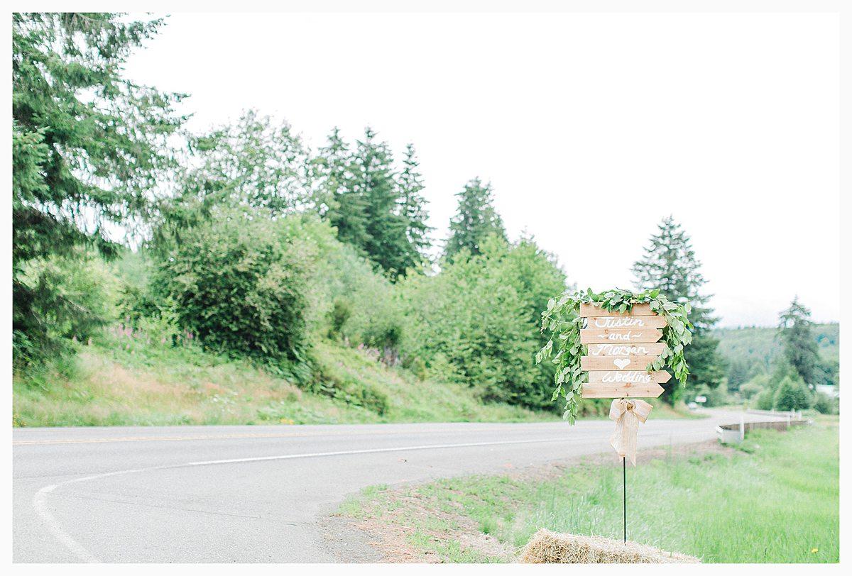 Rustic Coastal Blue Wedding in Southwest Washington, Emma Rose Company, Seattle and Portland Wedding Photographer, Light and Airy_0067.jpg