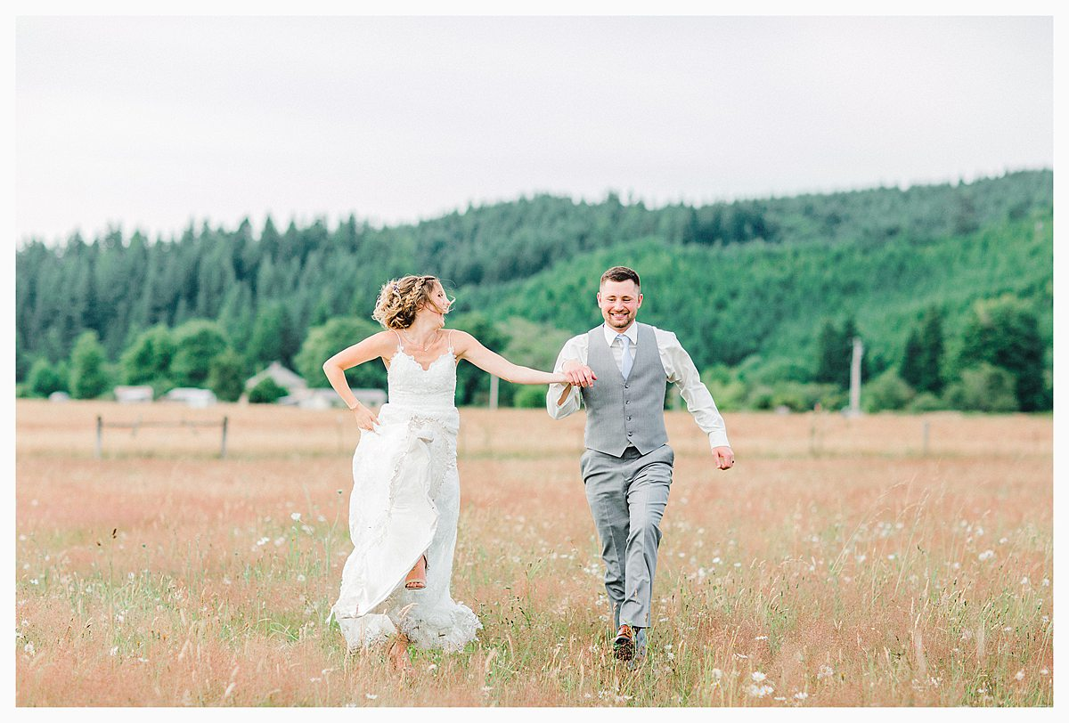 Rustic Coastal Blue Wedding in Southwest Washington, Emma Rose Company, Seattle and Portland Wedding Photographer, Light and Airy_0132.jpg