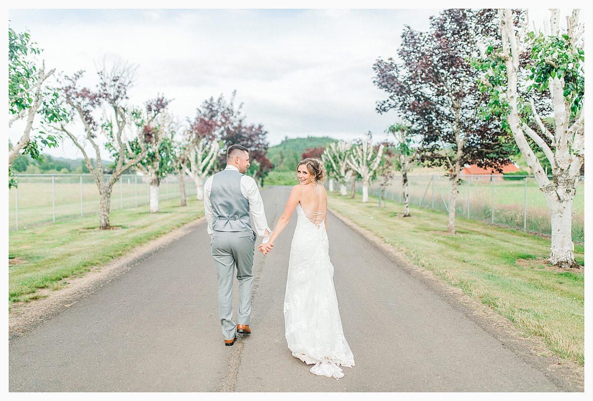 Rustic Coastal Blue Wedding in Southwest Washington, Emma Rose Company, Seattle and Portland Wedding Photographer, Light and Airy_0134.jpg