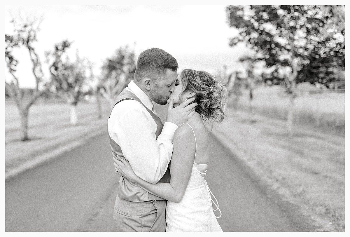 Rustic Coastal Blue Wedding in Southwest Washington, Emma Rose Company, Seattle and Portland Wedding Photographer, Light and Airy_0135.jpg