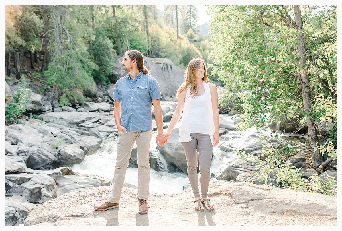 If you love the Pacific Northwest, Leavenworth, and gorgeous light and airy photography, you'll want to view this portrait session with Emma Rose Company. #pnw #leavenworth Find inspiration on what to wear to your photo session._0002.jpg