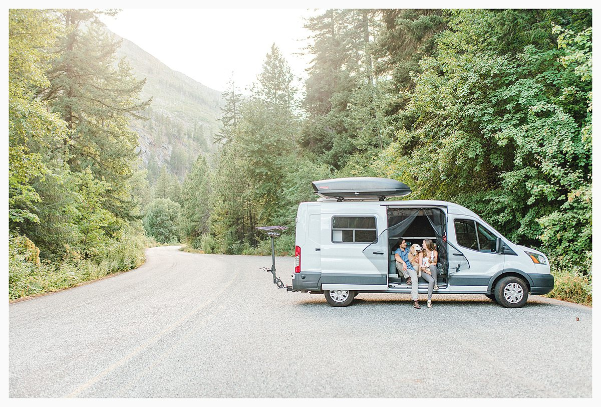 If you love the Pacific Northwest, Leavenworth, and gorgeous light and airy photography, you'll want to view this portrait session with Emma Rose Company. #pnw #leavenworth Find inspiration on what to wear to your photo session._0025.jpg