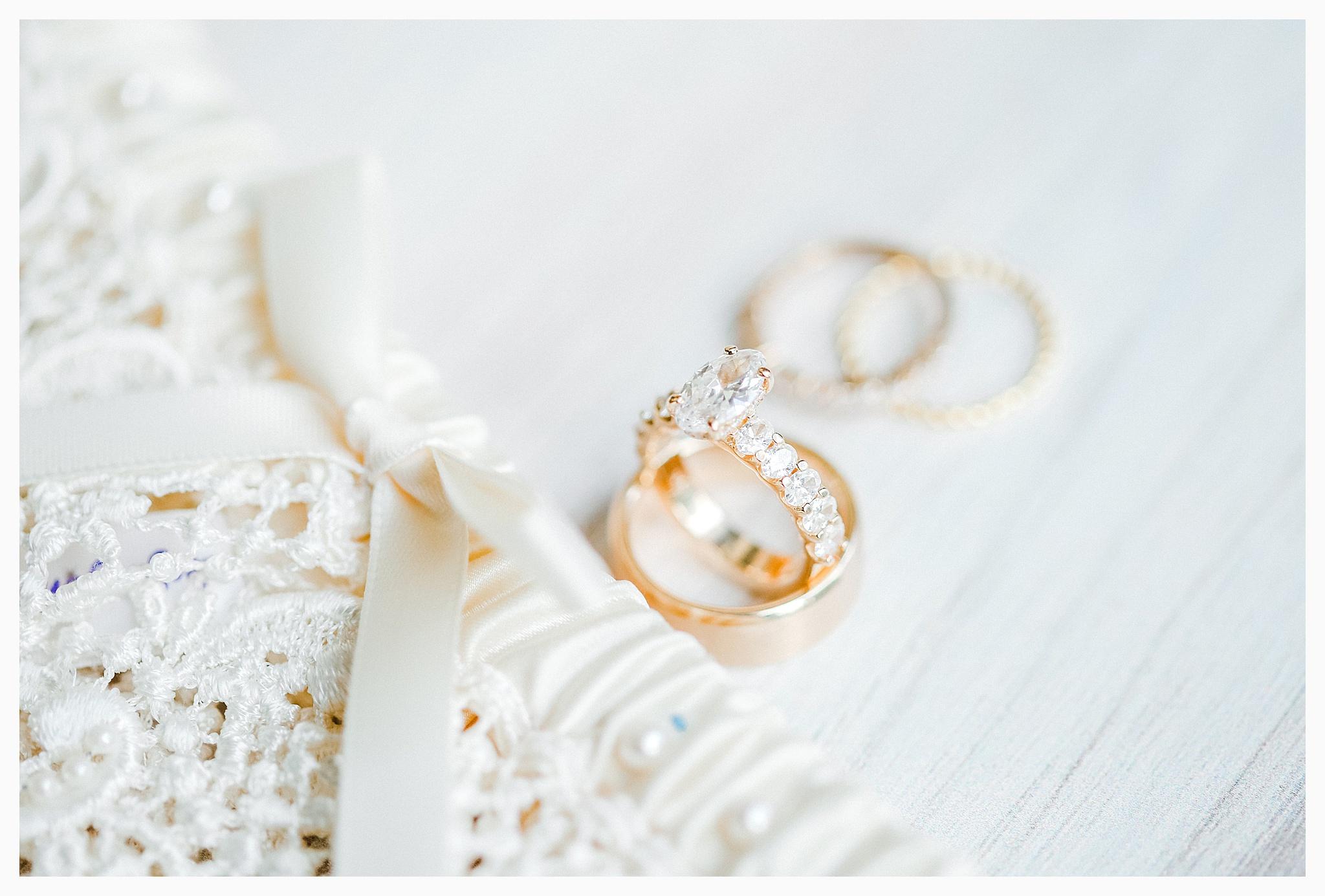 Emma Rose Company Light and Airy Wedding Photographer, Beautiful fall wedding at Rock Creek Gardens Venue in Puyallup, Washington._0007.jpg
