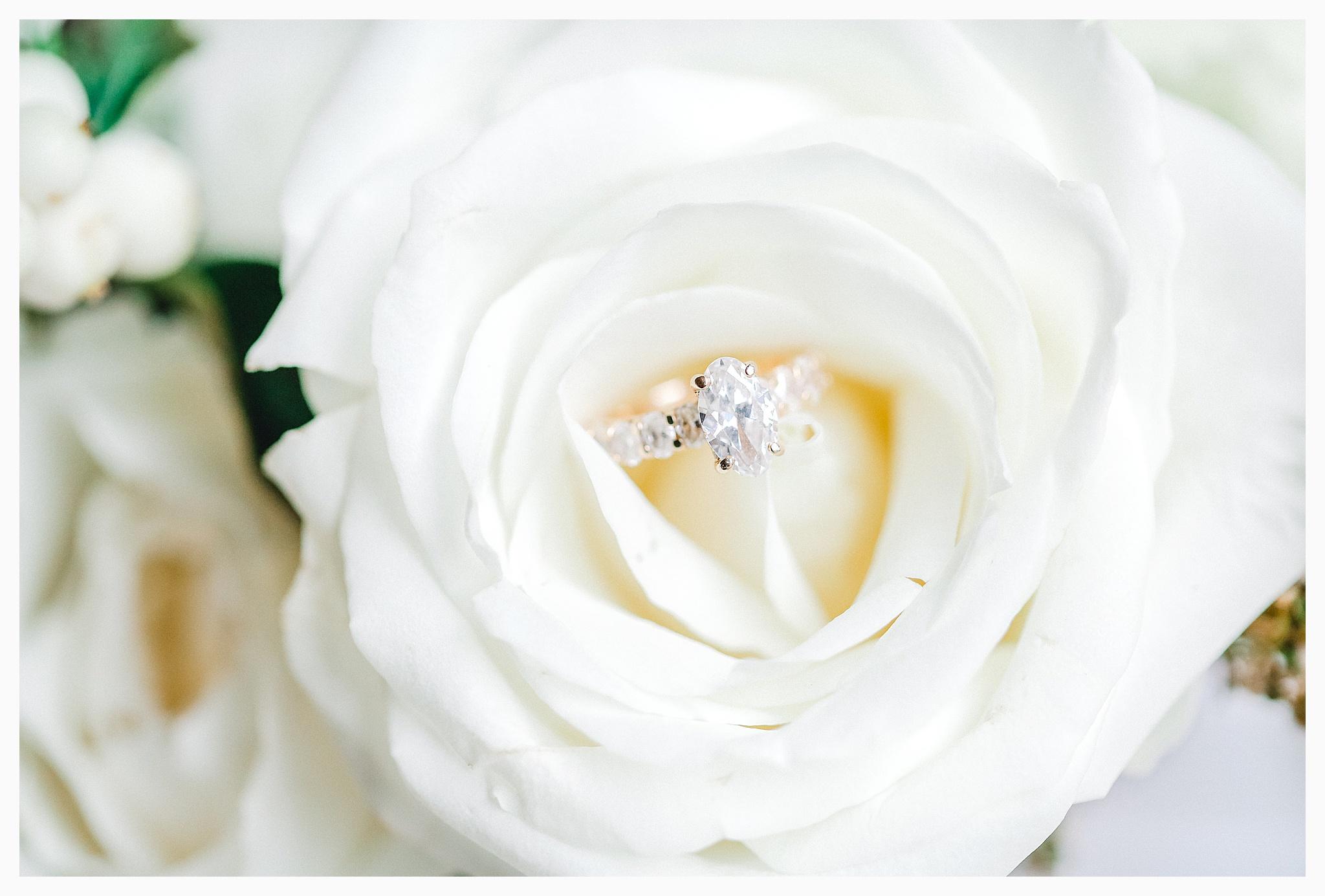 Emma Rose Company Light and Airy Wedding Photographer, Beautiful fall wedding at Rock Creek Gardens Venue in Puyallup, Washington._0010.jpg