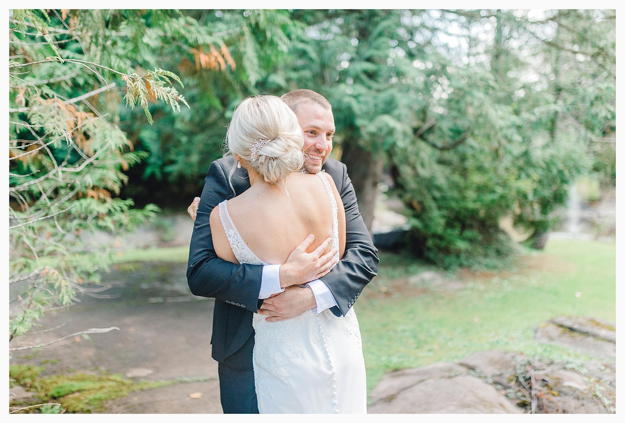 Emma Rose Company Light and Airy Wedding Photographer, Beautiful fall wedding at Rock Creek Gardens Venue in Puyallup, Washington._0023.jpg