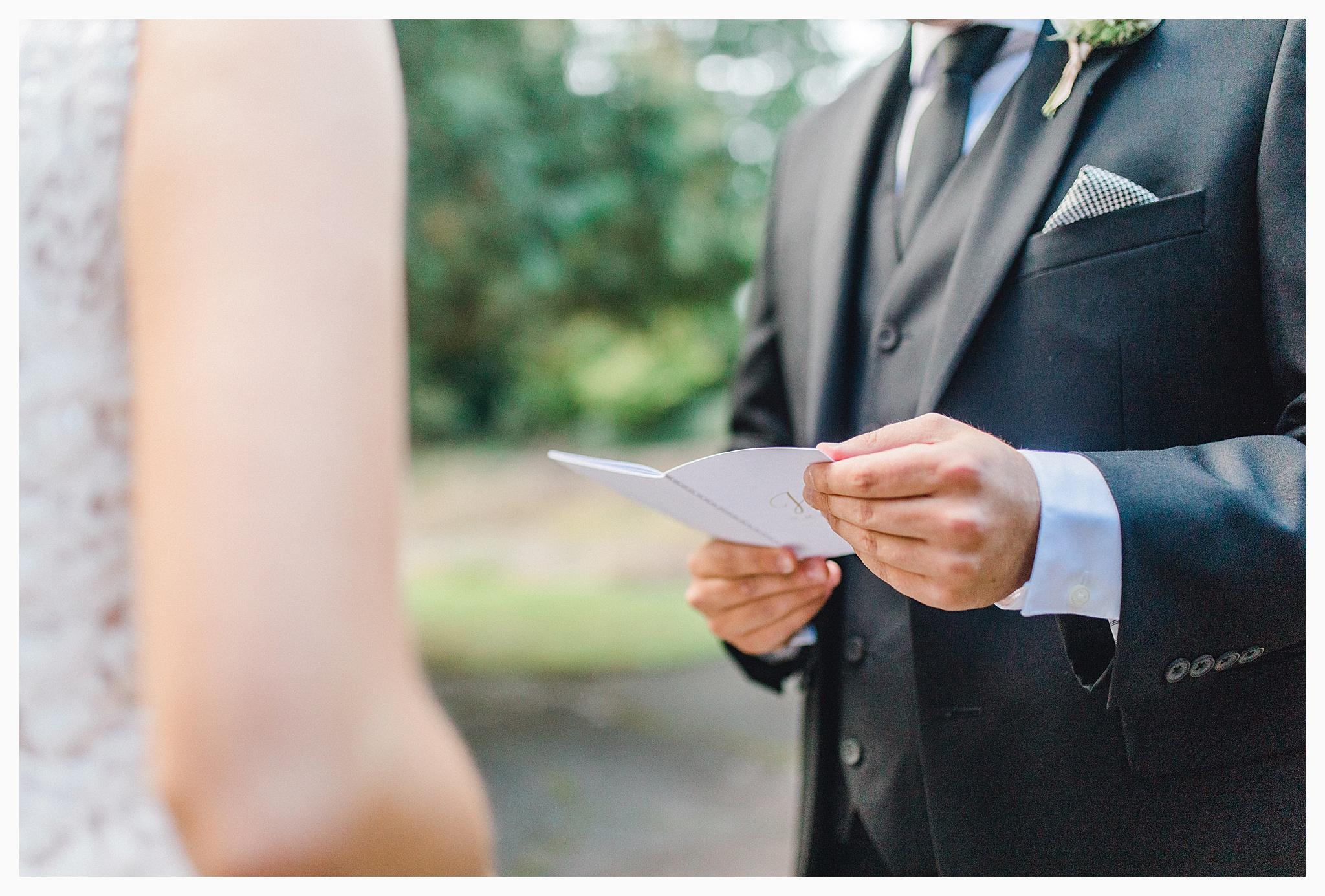 Emma Rose Company Light and Airy Wedding Photographer, Beautiful fall wedding at Rock Creek Gardens Venue in Puyallup, Washington._0026.jpg