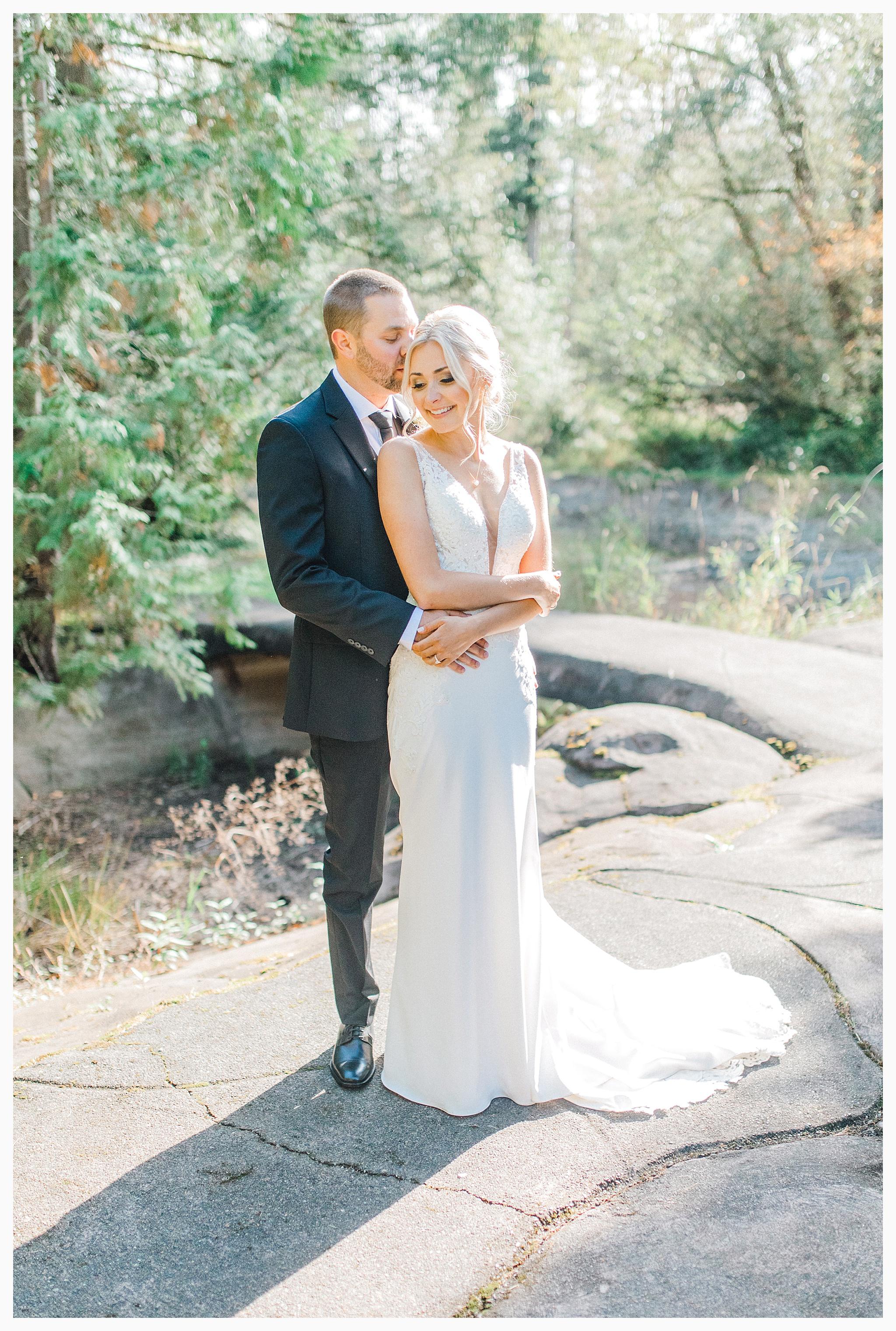 Emma Rose Company Light and Airy Wedding Photographer, Beautiful fall wedding at Rock Creek Gardens Venue in Puyallup, Washington._0039.jpg