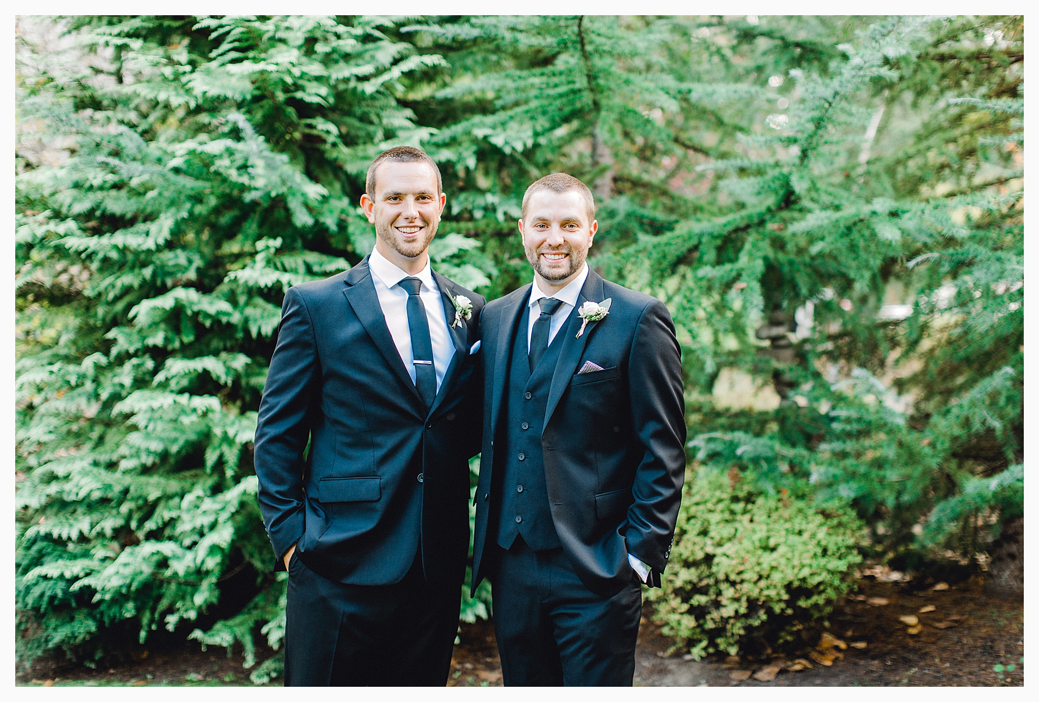 Emma Rose Company Light and Airy Wedding Photographer, Beautiful fall wedding at Rock Creek Gardens Venue in Puyallup, Washington._0043.jpg