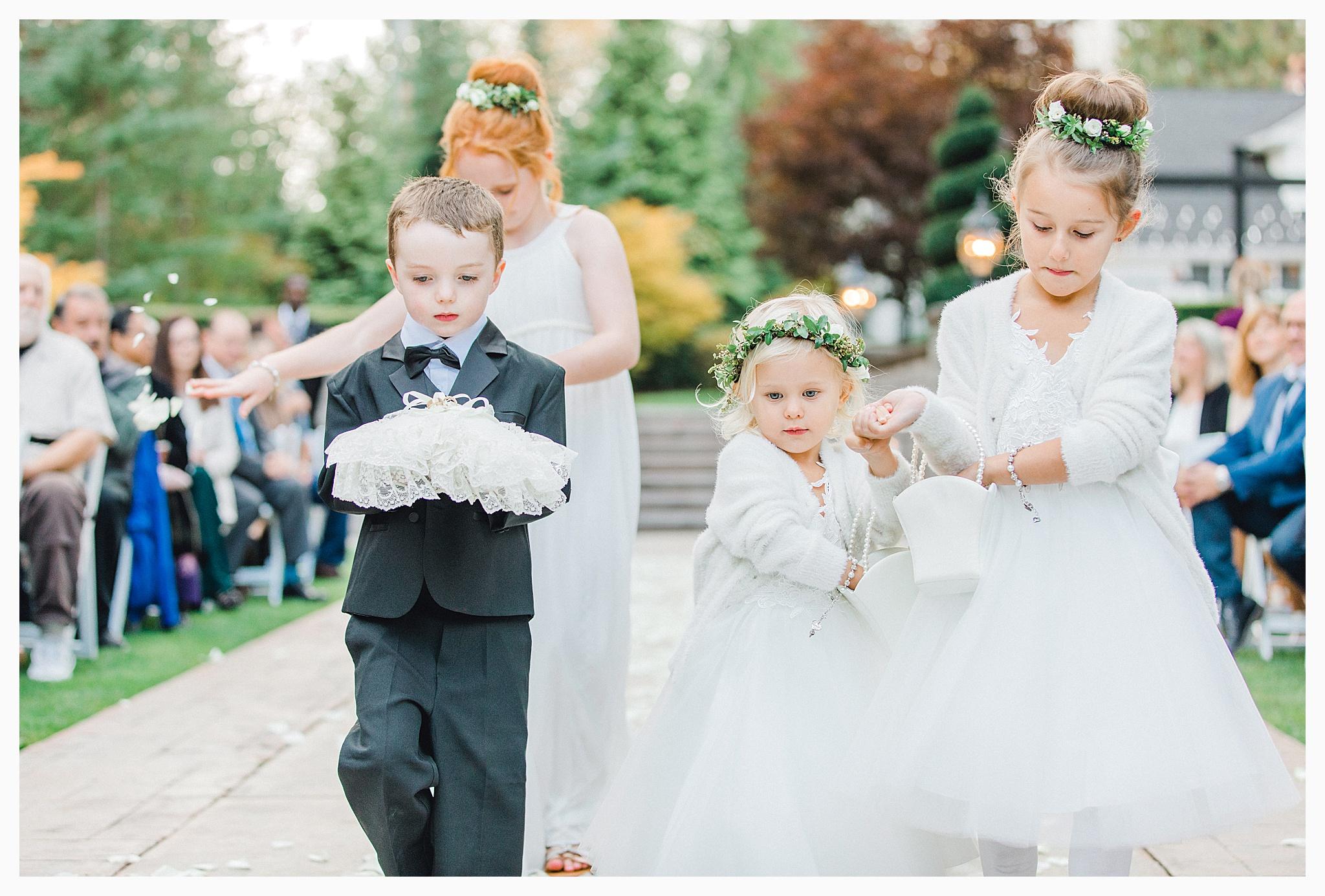 Emma Rose Company Light and Airy Wedding Photographer, Beautiful fall wedding at Rock Creek Gardens Venue in Puyallup, Washington._0075.jpg