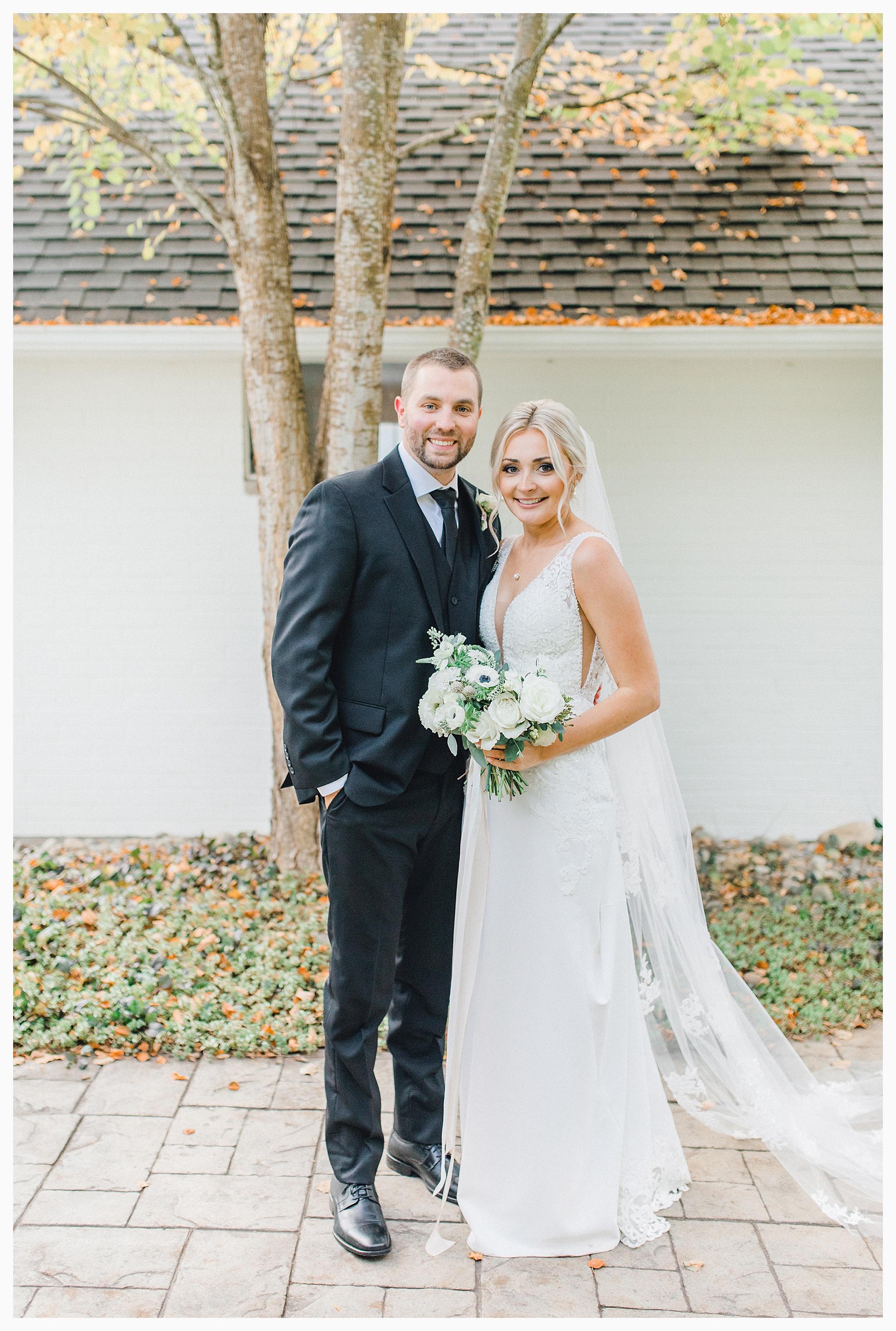 Emma Rose Company Light and Airy Wedding Photographer, Beautiful fall wedding at Rock Creek Gardens Venue in Puyallup, Washington._0081.jpg