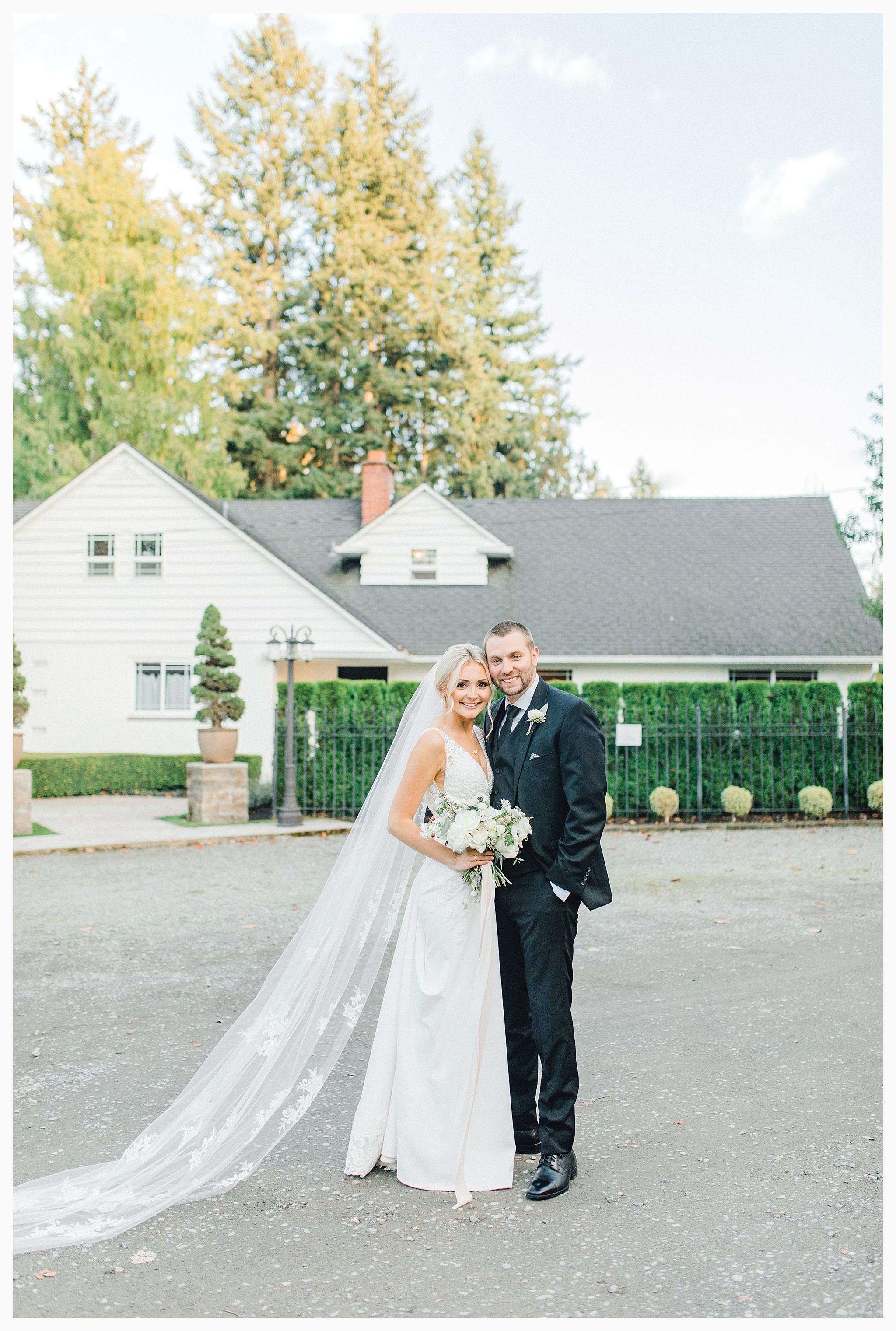 Emma Rose Company Light and Airy Wedding Photographer, Beautiful fall wedding at Rock Creek Gardens Venue in Puyallup, Washington._0086.jpg